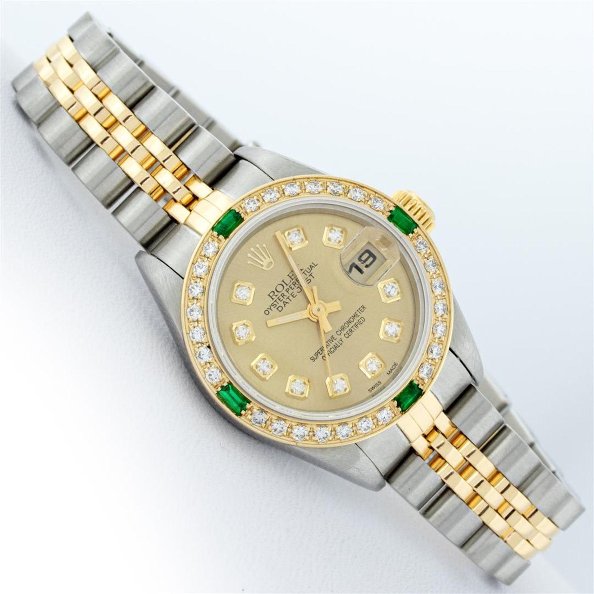 Rolex Ladies 2 Tone 18K Quickset Champagne Diamond & Emerald Datejust Wristwatch - Image 3 of 9
