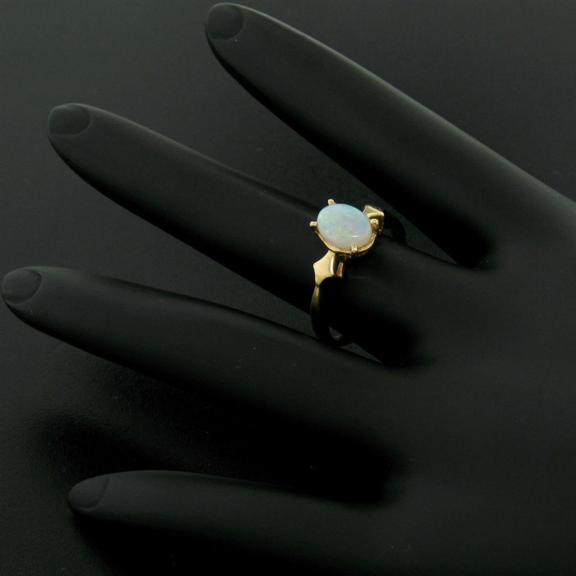 Vintage 14K Yellow Gold 0.65ct Petite Oval Cabochon Opal Solitaire Ring Size 6 - Image 9 of 9