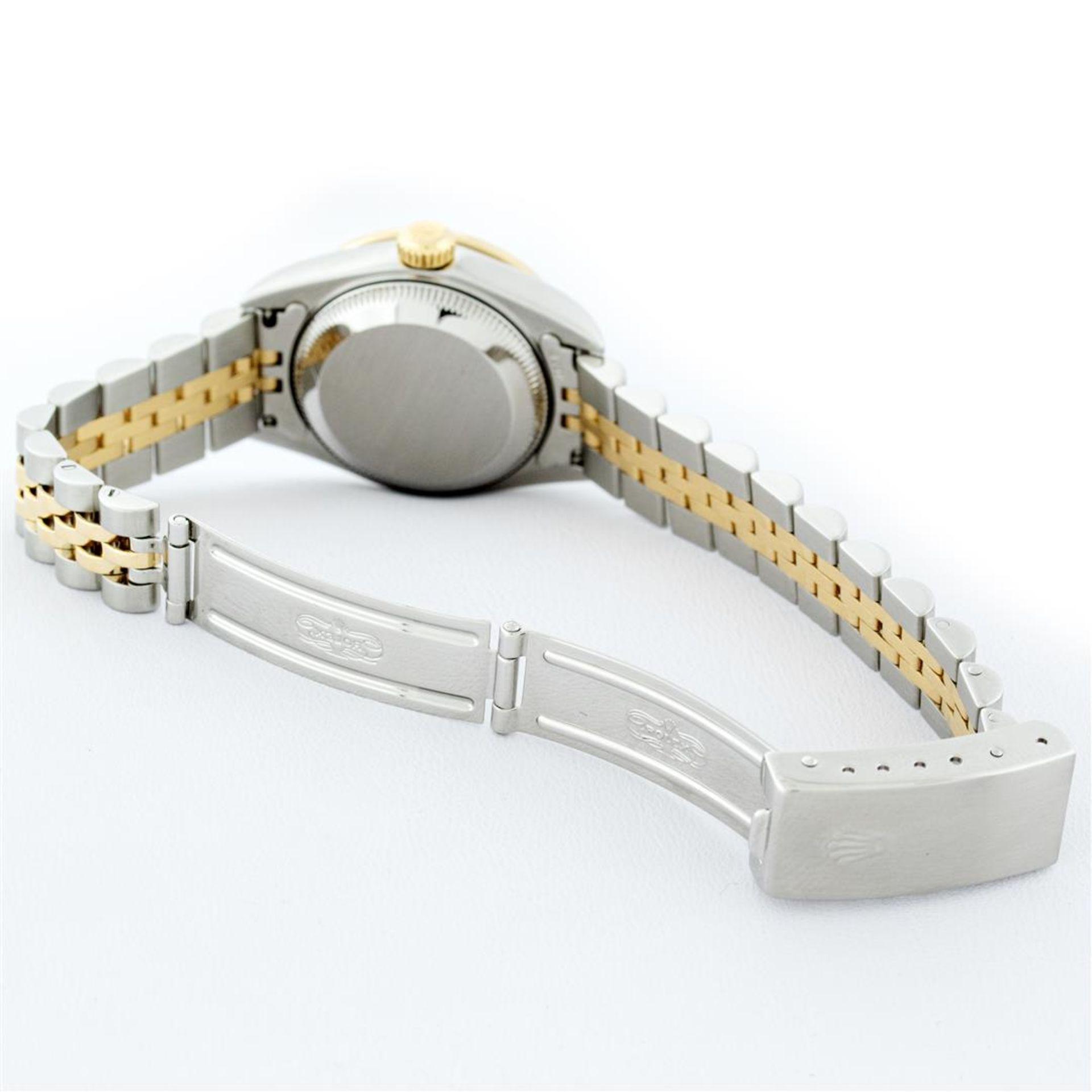 Rolex Ladies 2 Tone 18K Quickset Champagne Diamond & Emerald Datejust Wristwatch - Image 6 of 9