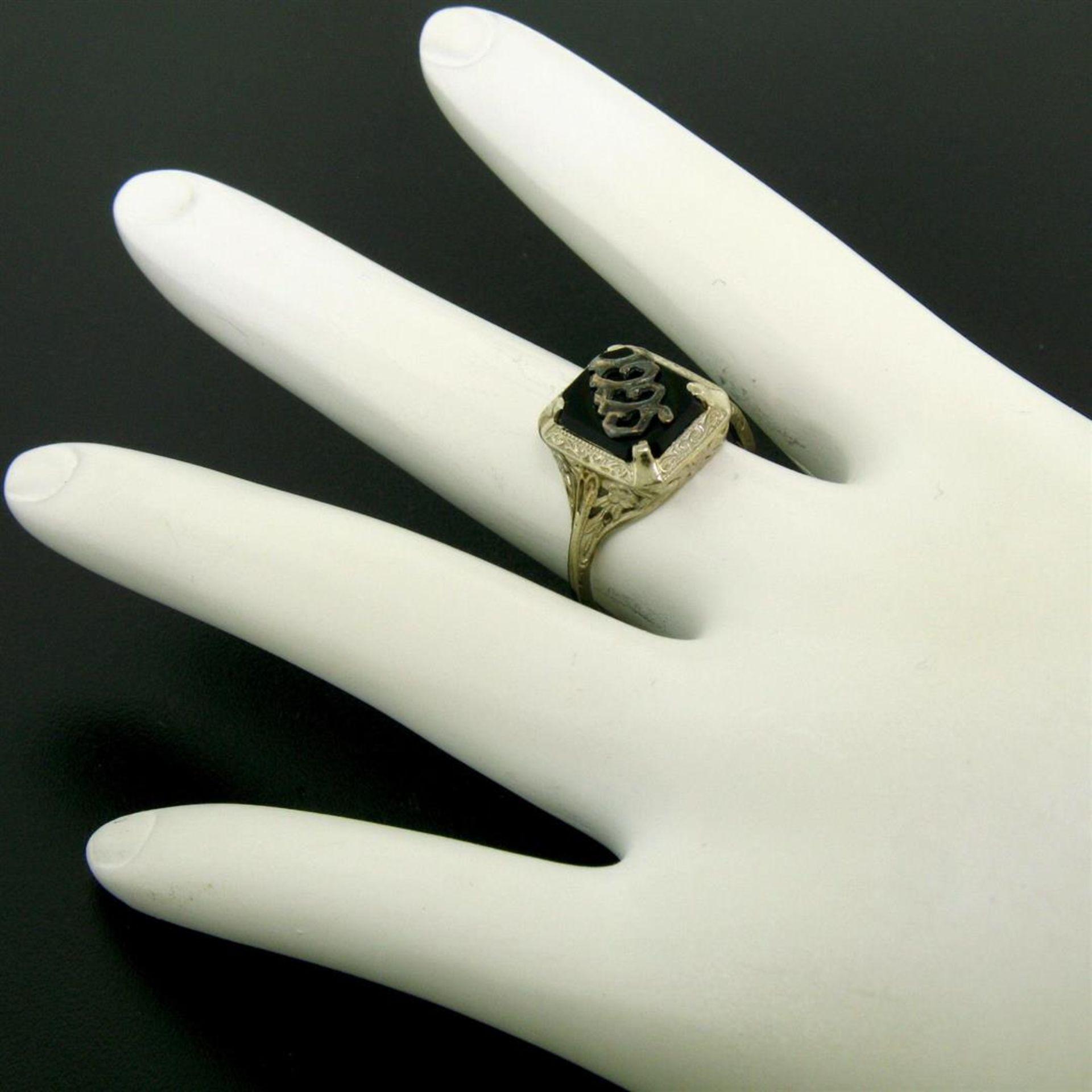 1925 14k White Gold Prong Set Black Onyx Filigree Dinner Ring - Image 7 of 8