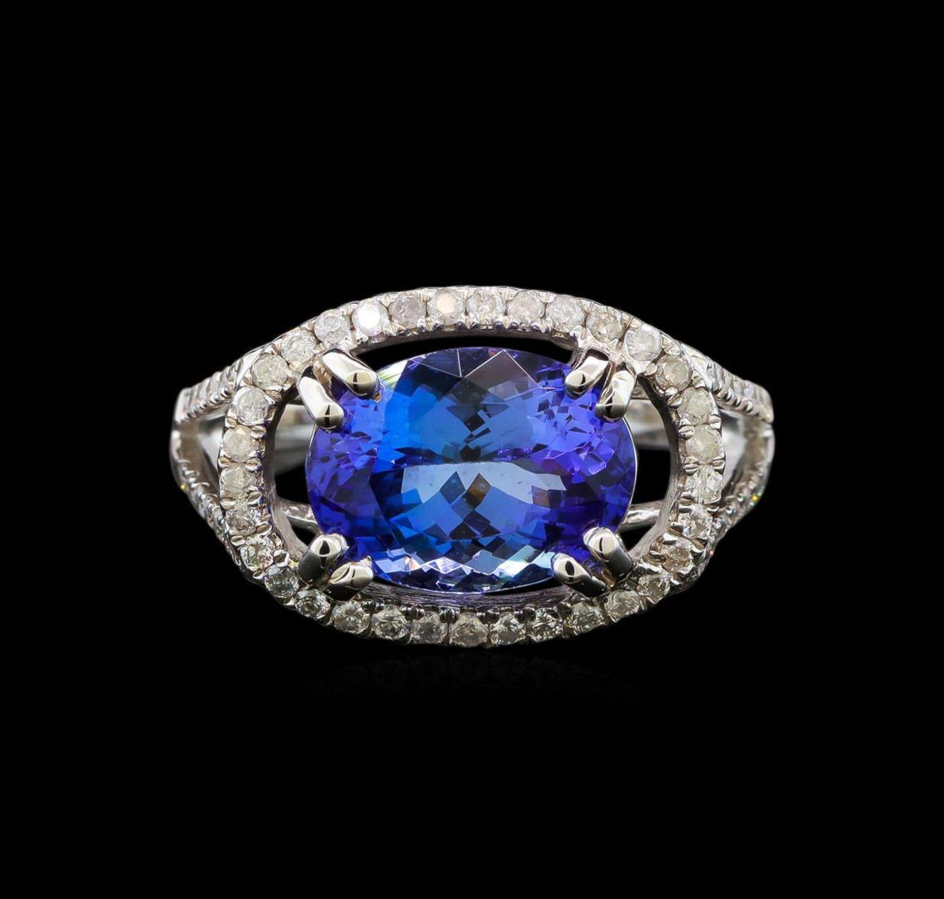 14KT White Gold 4.14 ctw Tanzanite and Diamond Ring - Image 2 of 5