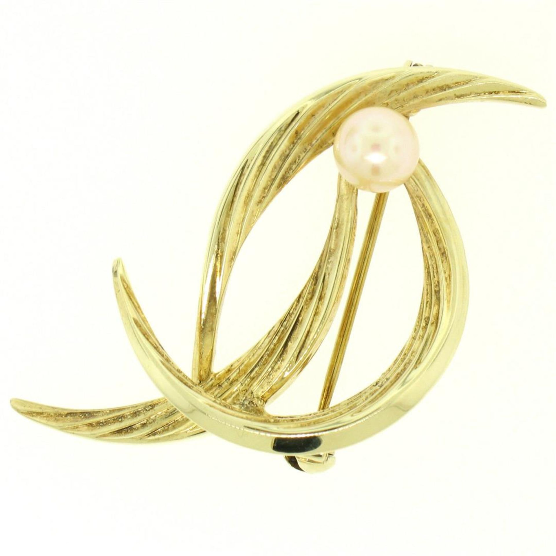 14k Solid Yellow Gold German 5.9mm Round Cultured Pearl Textured Bird Brooch Pin - Image 2 of 6