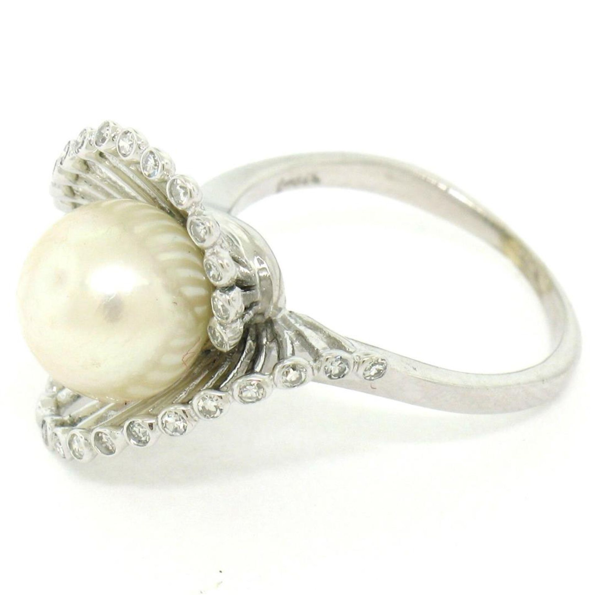 Vintage 14K White Gold 8.5mm Pearl Bezel Diamond 2 Wave Bypass Cocktail Ring - Image 4 of 8