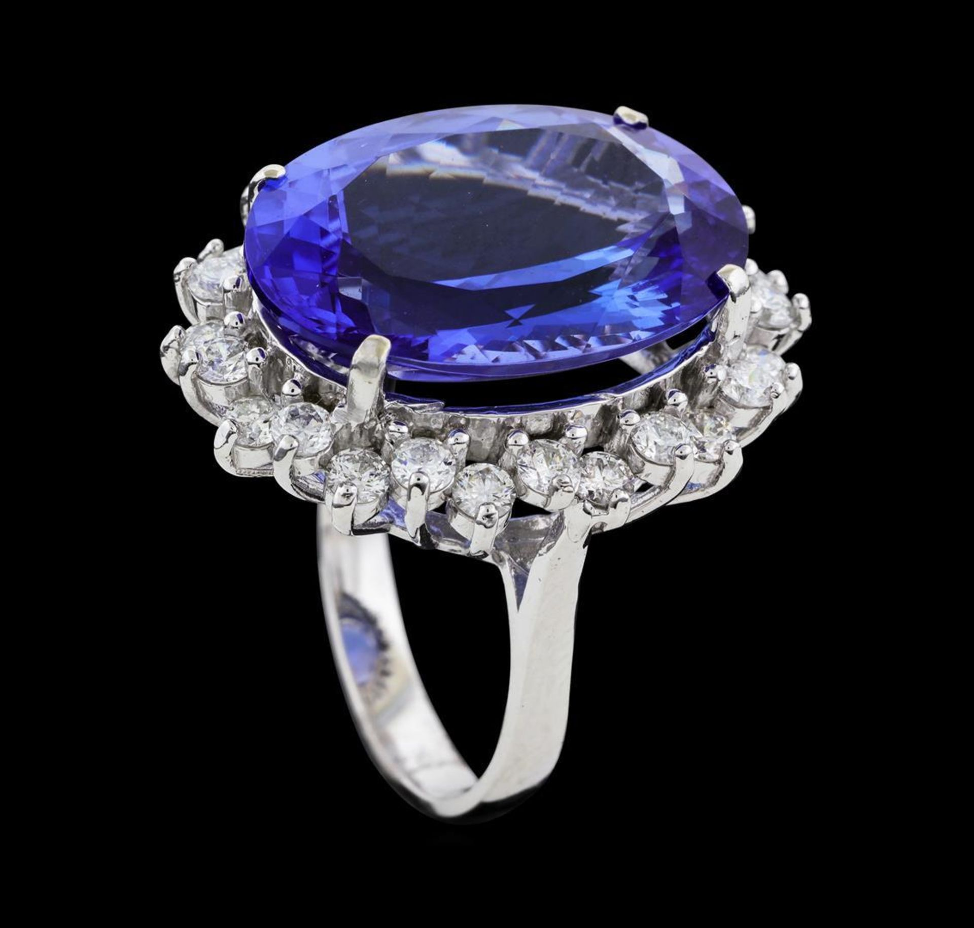 16.10 ctw Tanzanite and Diamond Ring - 14KT White Gold - Image 4 of 5