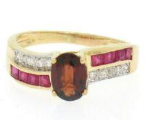 14kt Yellow Gold 1.58ctw Garnet, Ruby, and Diamond Ring