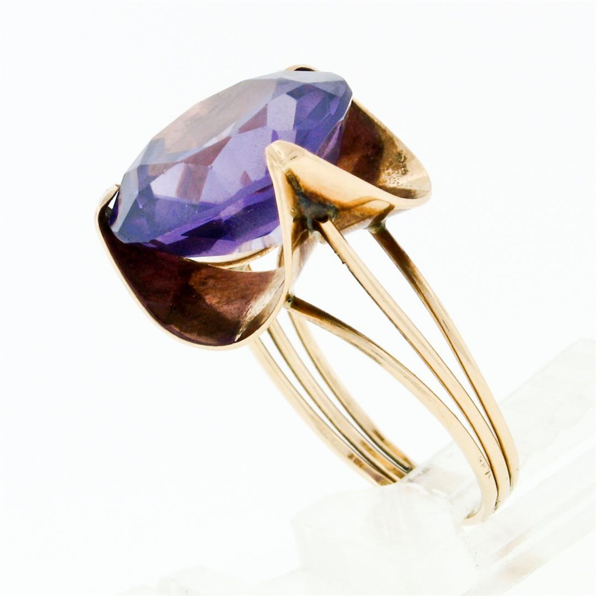 Retro Vintage Handmade 14k Rose Gold 13.7mm Synthetic Alexandrite Solitaire Ring - Image 7 of 8