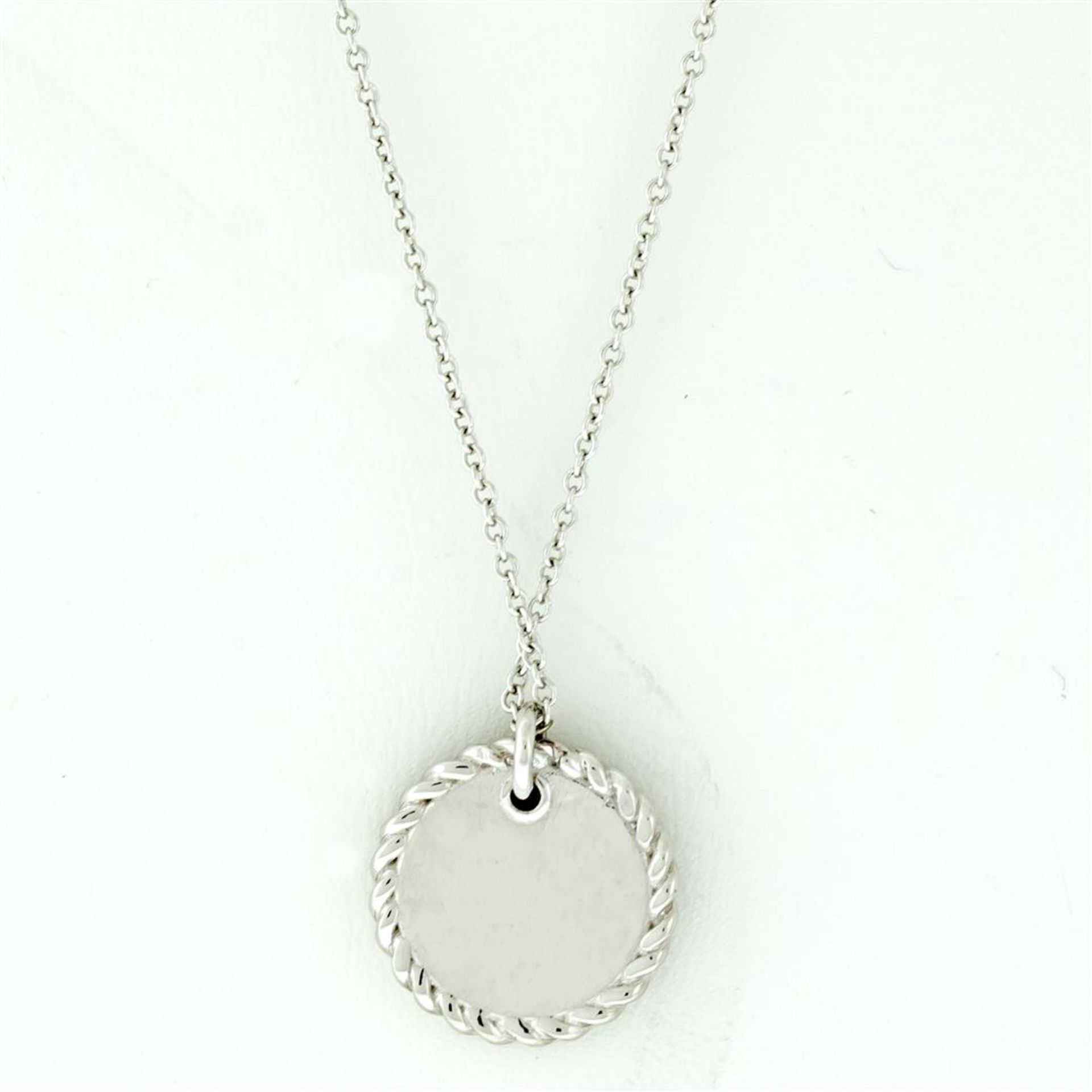 New 18k White Gold Diamond Cable Pendant with with 18K White Gold Chain - Image 7 of 7