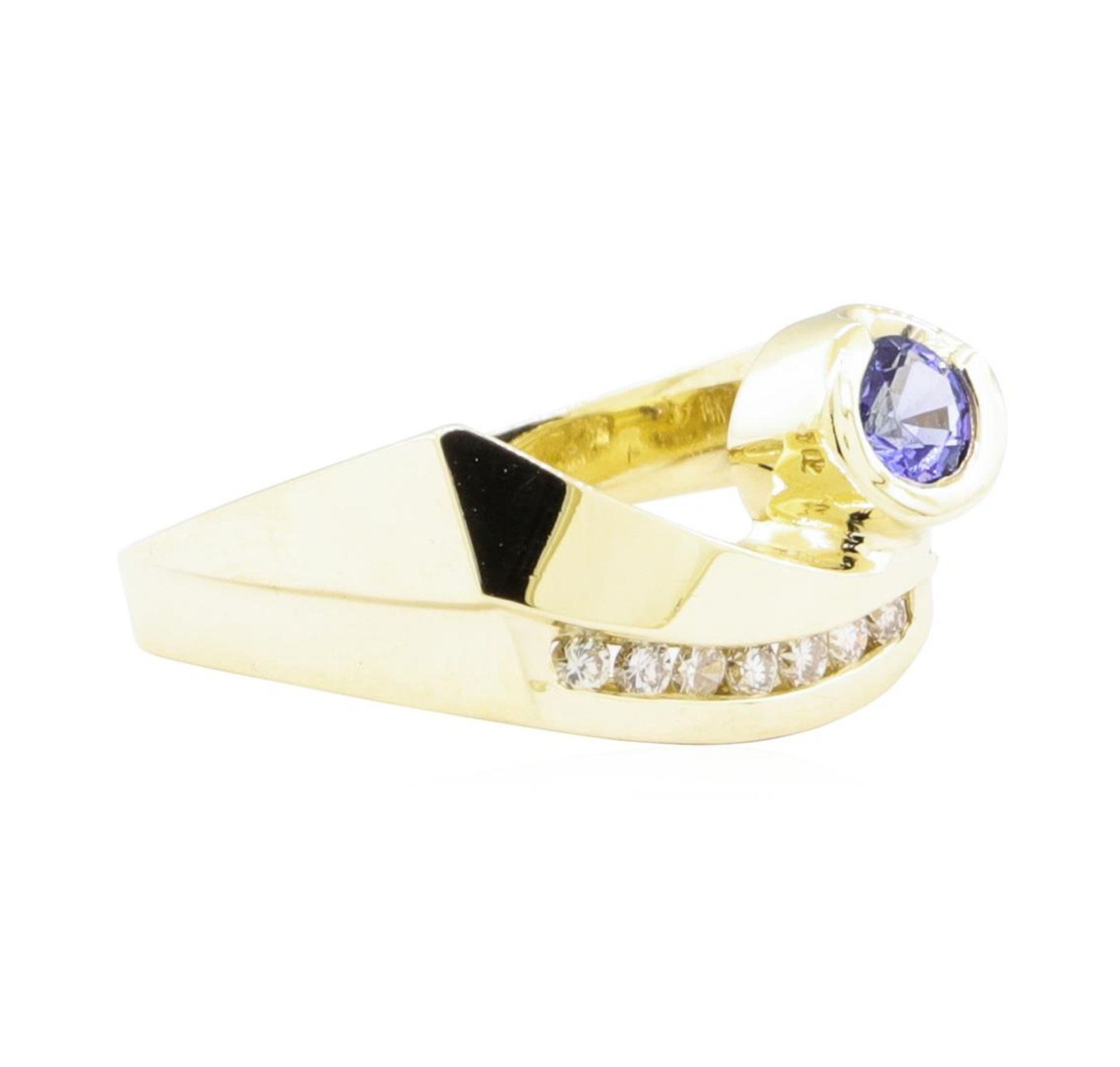 0.55ctw Blue Sapphire and Diamond Ring - 14KT Yellow Gold