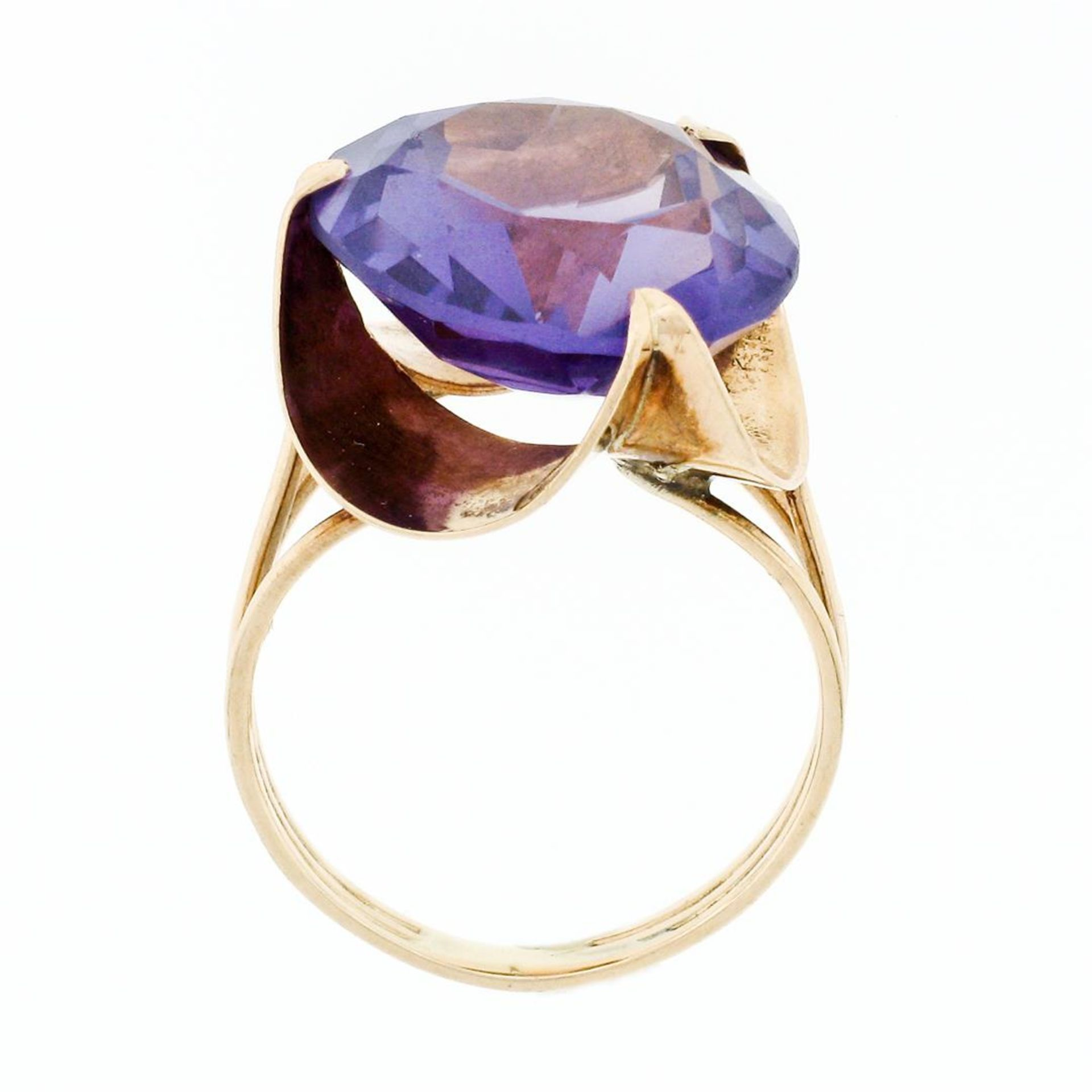 Retro Vintage Handmade 14k Rose Gold 13.7mm Synthetic Alexandrite Solitaire Ring - Image 8 of 8