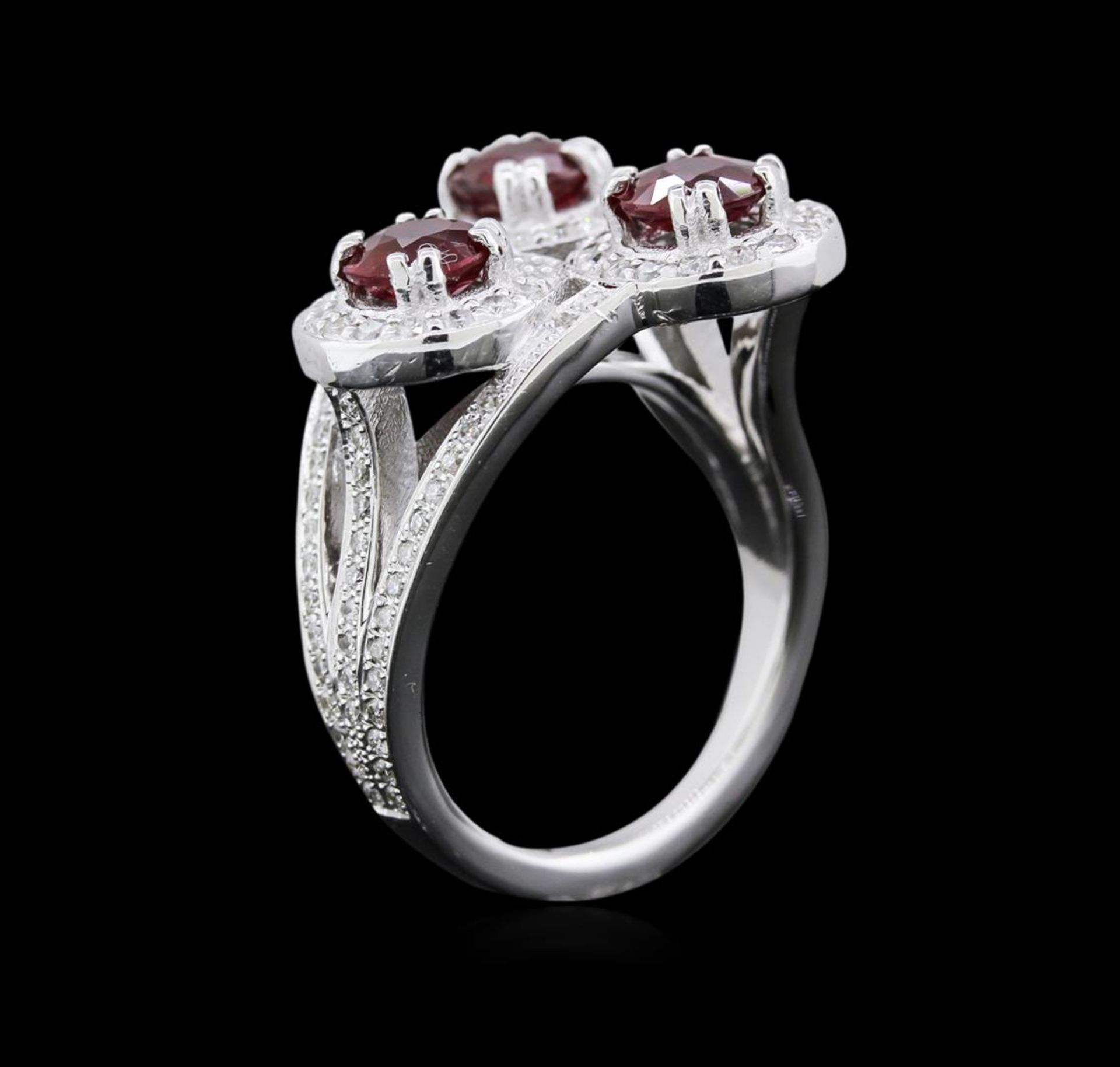 2.64ctw Ruby and Diamond Ring - 14KT White Gold - Image 3 of 4