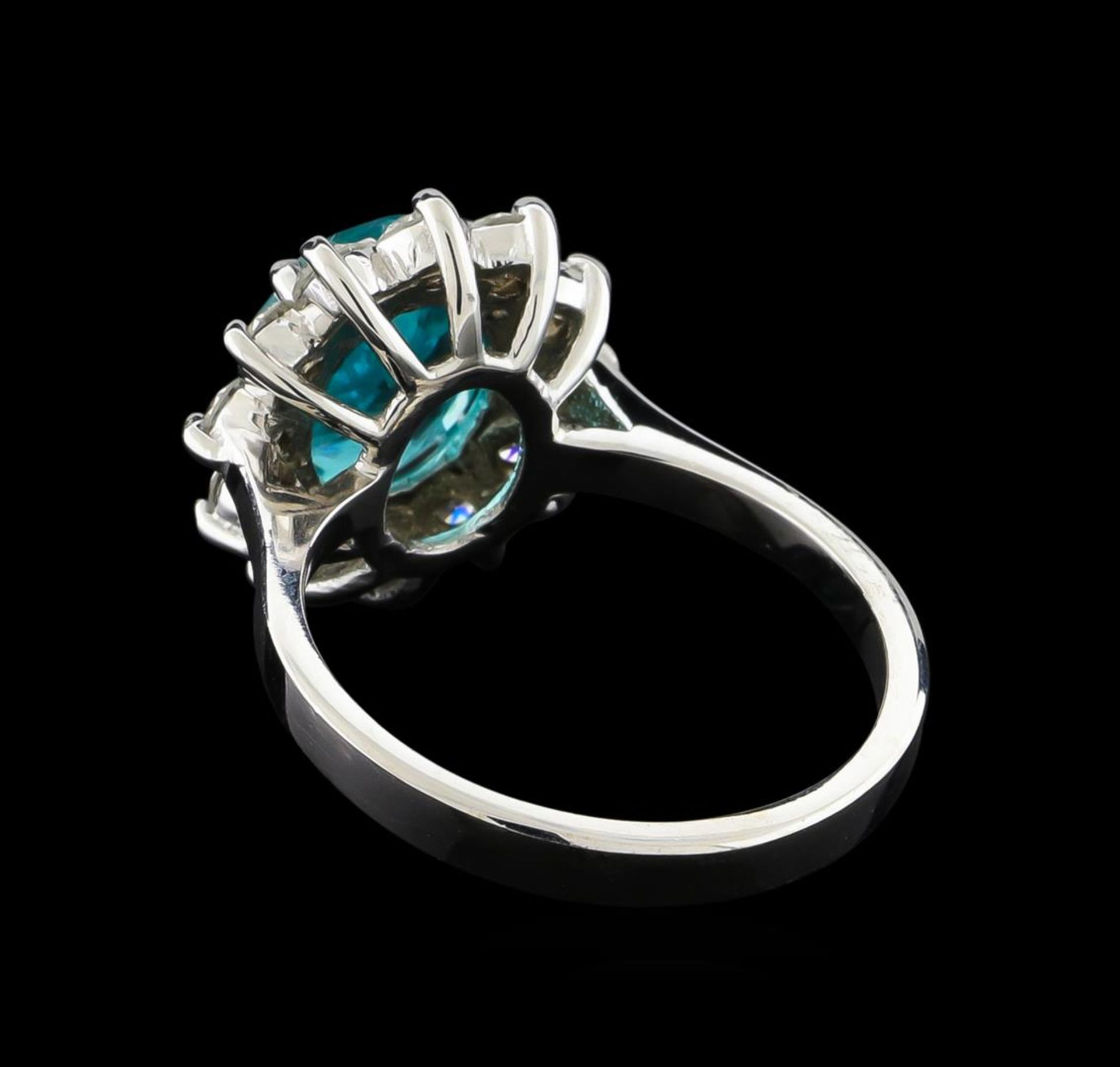 2.78 ctw Apatite and Diamond Ring - 14KT White Gold - Image 2 of 4