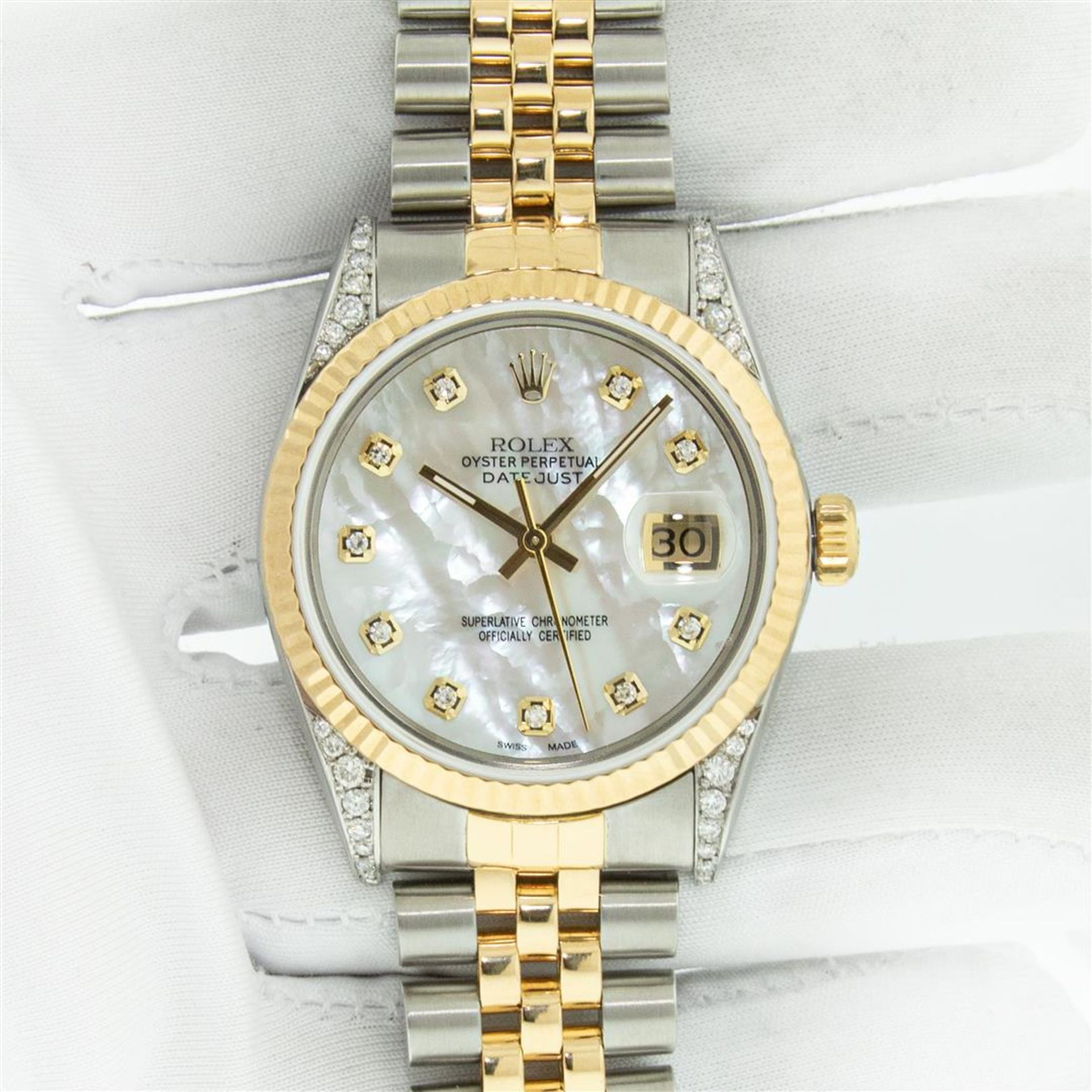 Rolex Mens 2 Tone MOP Diamond Lugs 36MM Datejust Wristwatch - Image 3 of 9