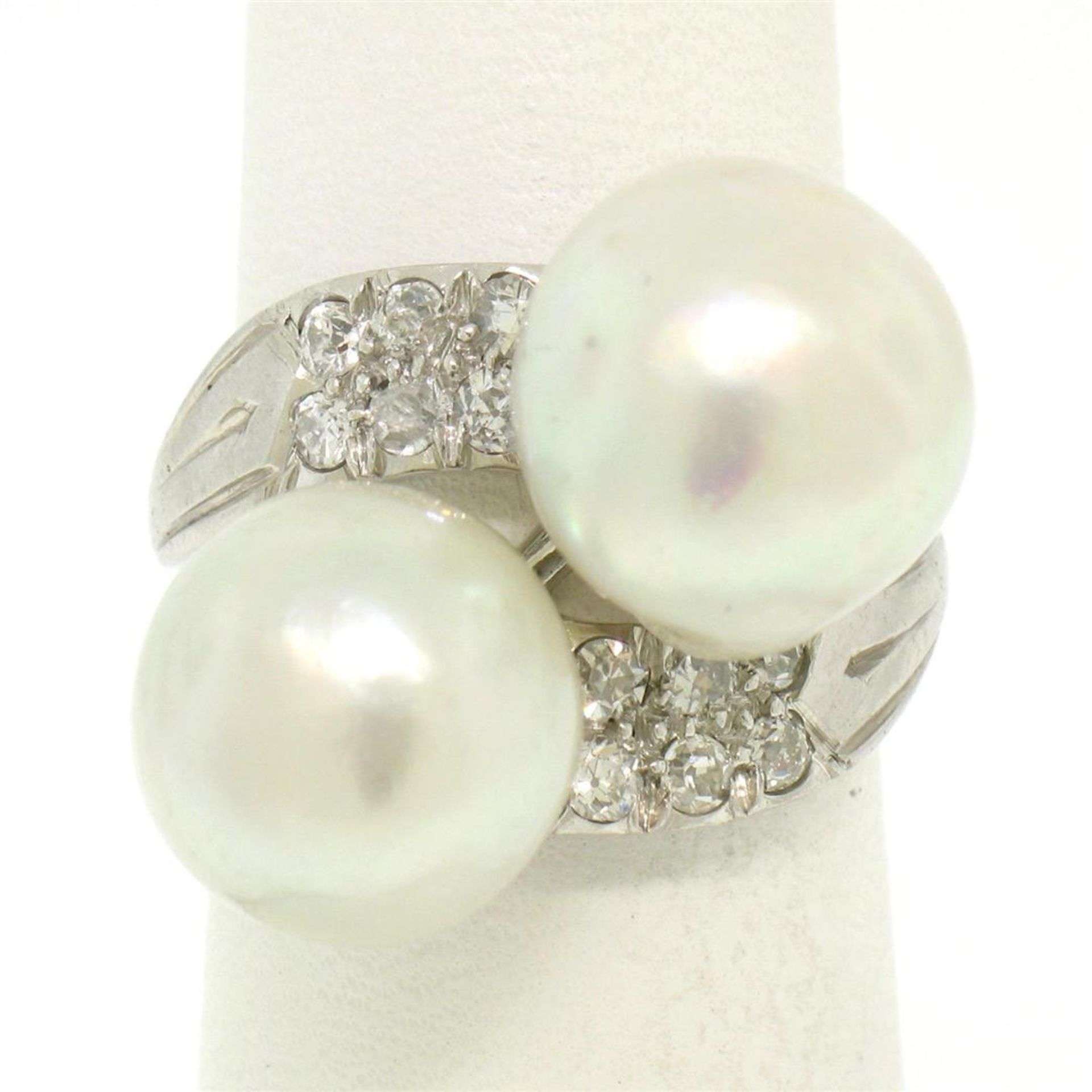 GIA Certified Solid Platinum Pearl & Diamond Bypass Cocktail Ring - Image 5 of 9