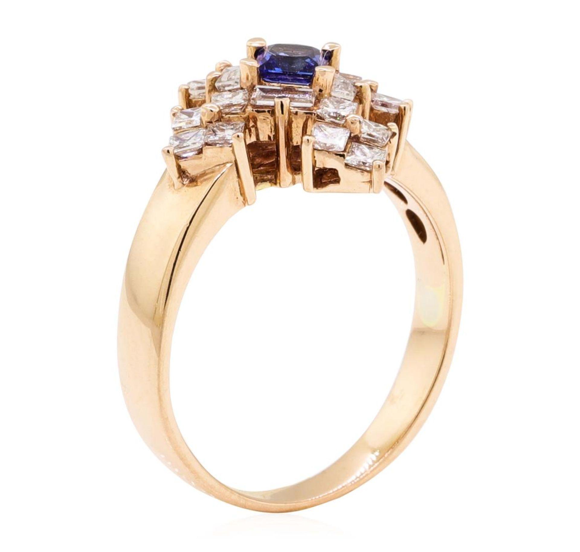 1.16 ctw Princess Brilliant Blue Sapphire And Baguette Cut Diamond Ring - 14KT R - Image 4 of 5