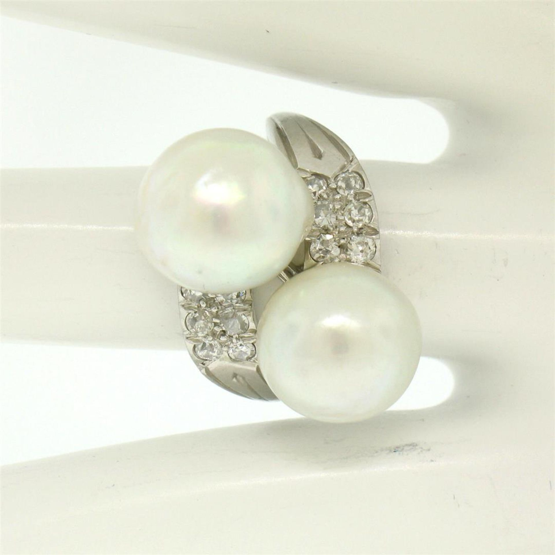 GIA Certified Solid Platinum Pearl & Diamond Bypass Cocktail Ring - Image 4 of 9