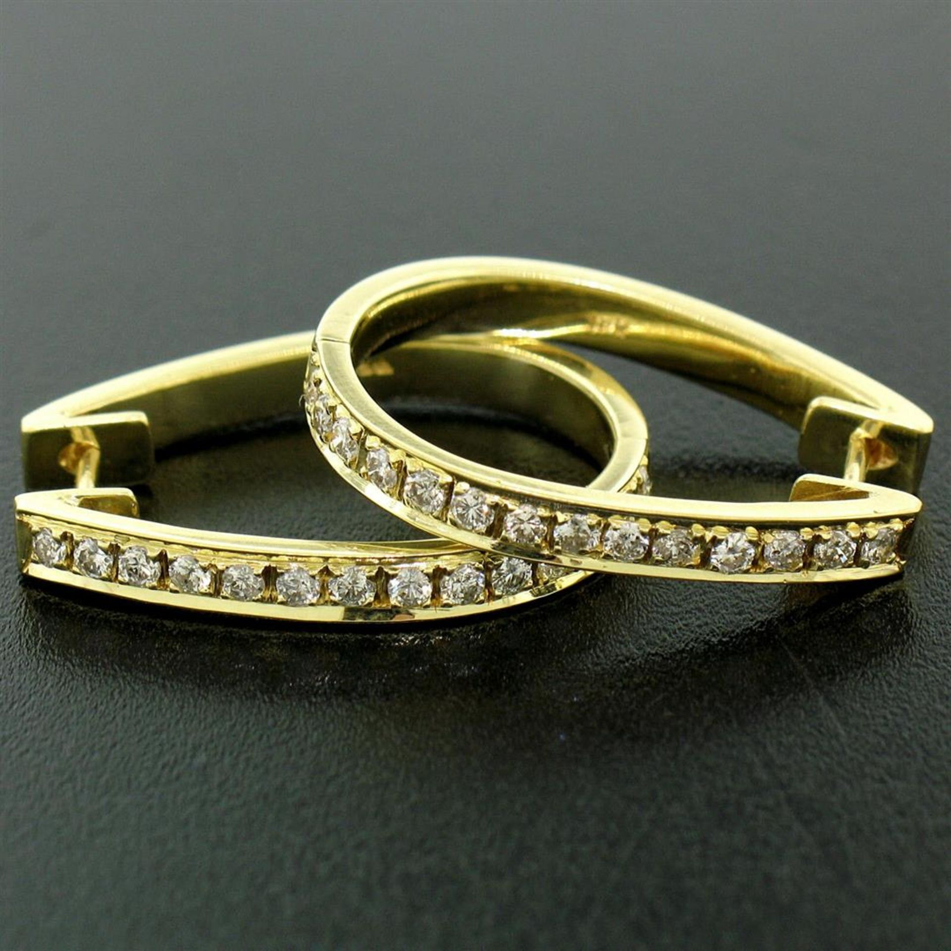 18kt Yellow Gold 0.75ctw Diamond Oval Hoop Earrings - Image 3 of 7