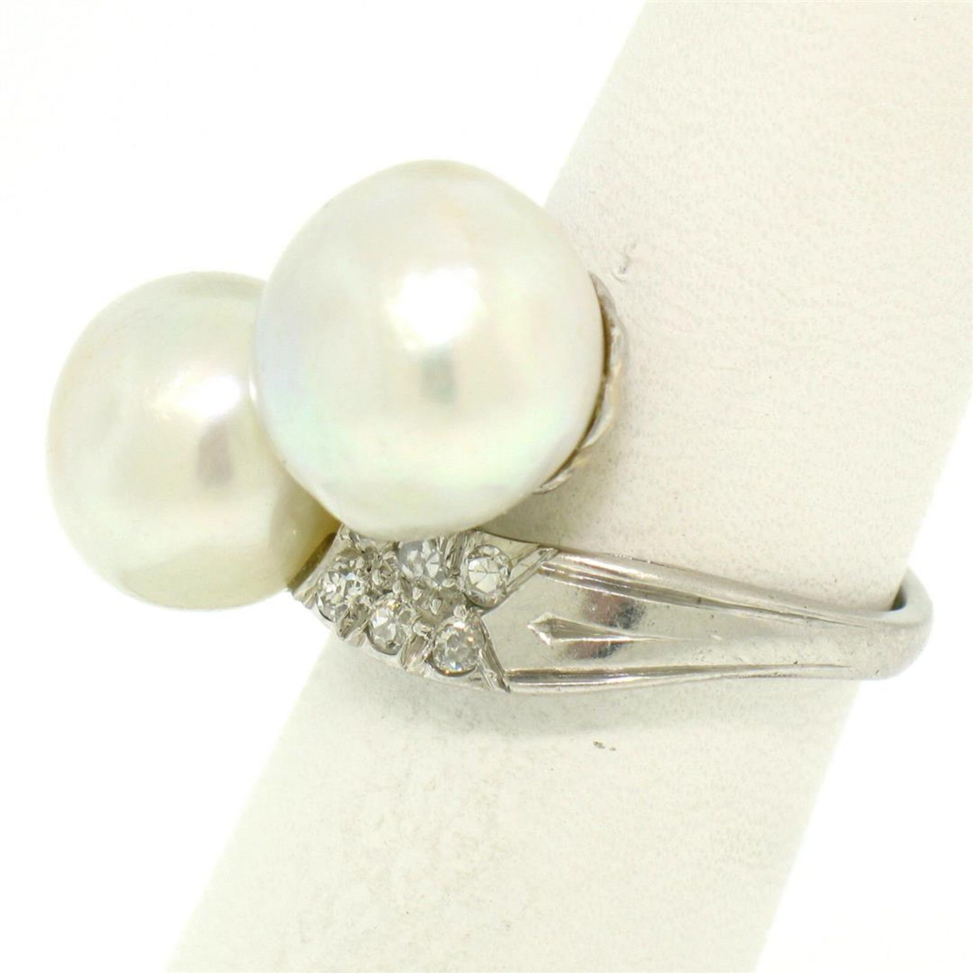 GIA Certified Solid Platinum Pearl & Diamond Bypass Cocktail Ring - Image 6 of 9