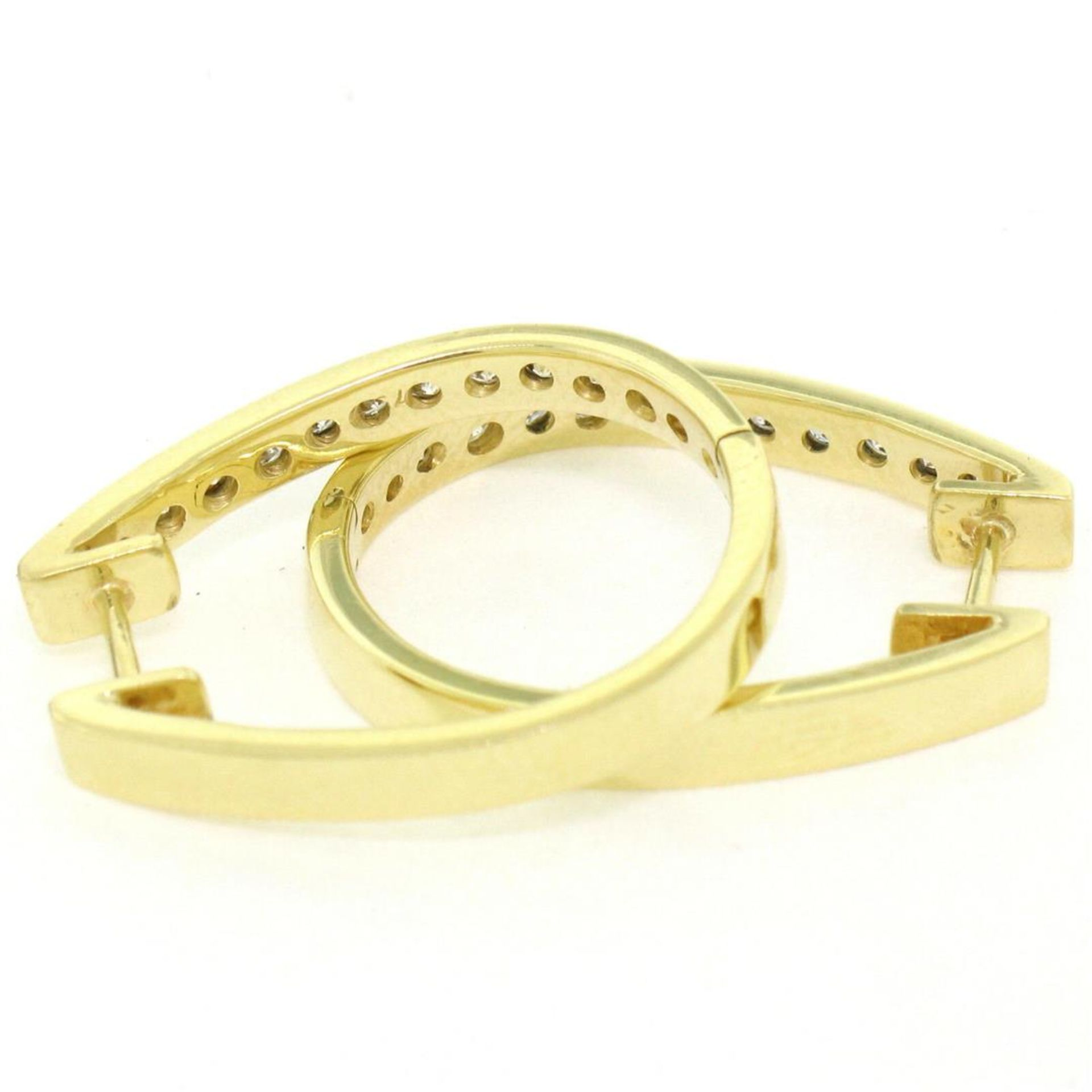 18kt Yellow Gold 0.75ctw Diamond Oval Hoop Earrings - Image 5 of 7