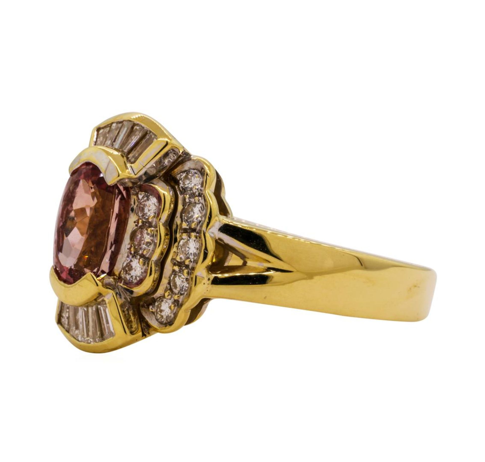 1.82 ctw Pink Spinel and Diamond Ring - 18KT Yellow Gold - Image 2 of 5