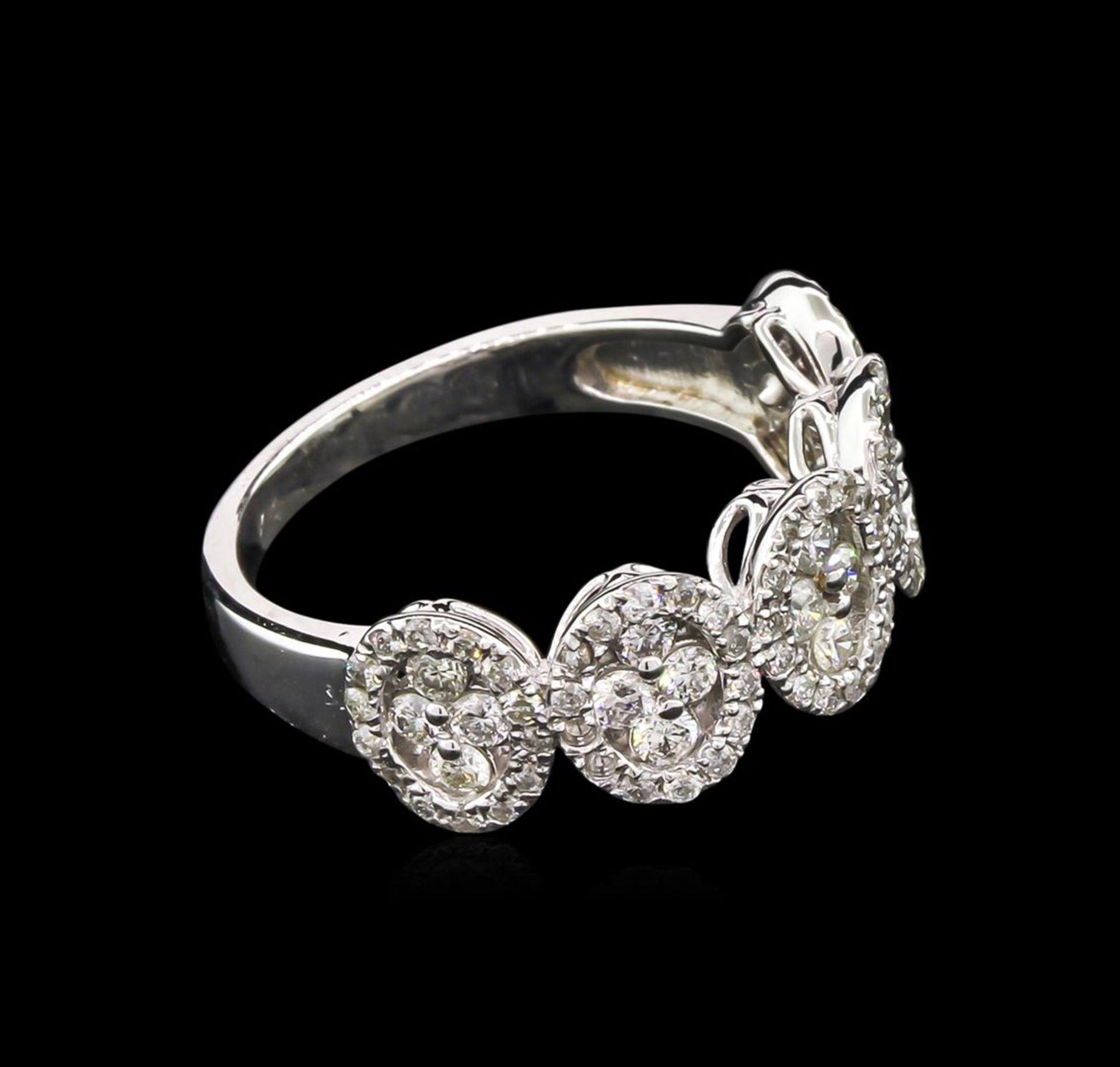 0.97ctw Diamond Ring - 14KT White Gold