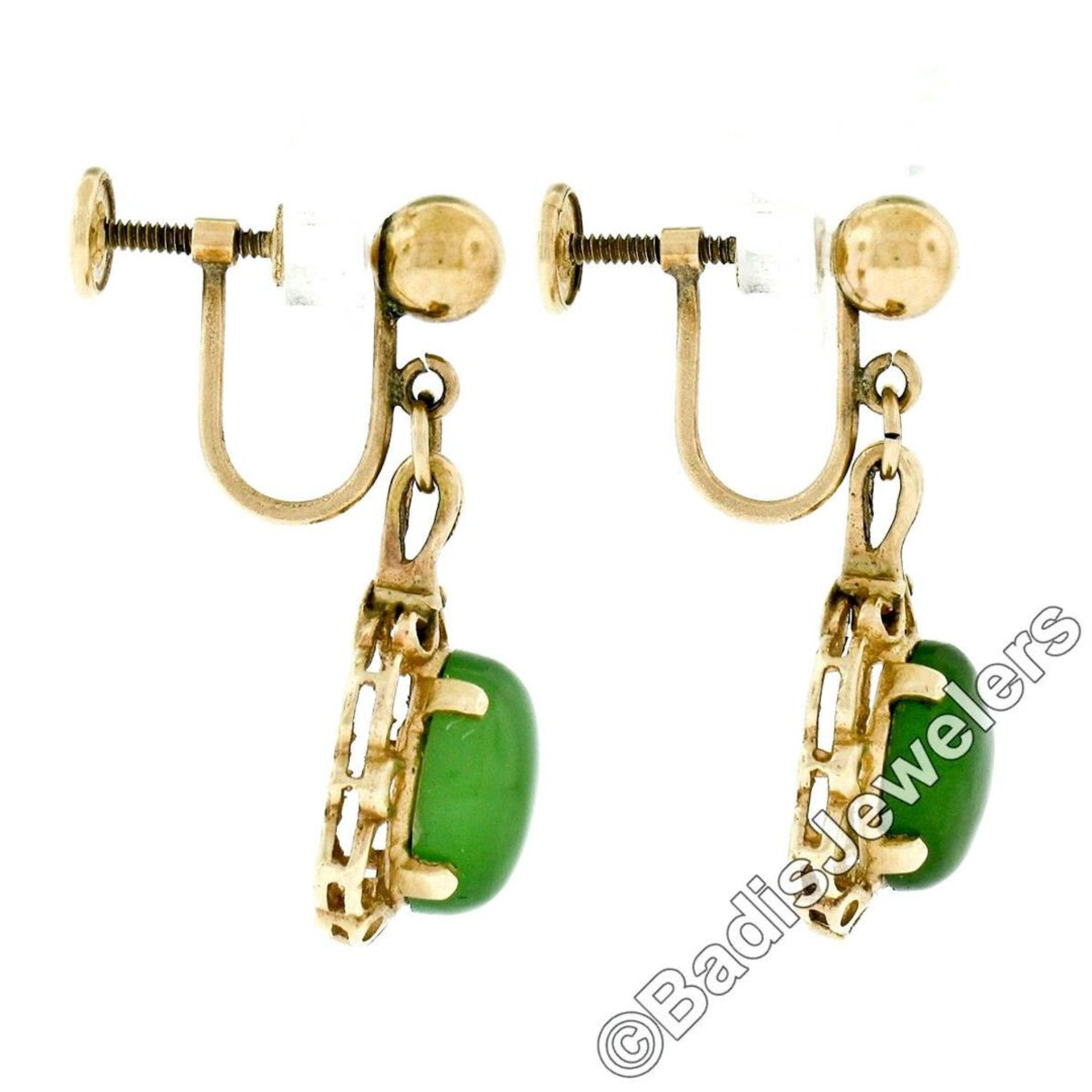 Vintage 14kt Yellow Gold Oval Green Jade Non Pierced Earrings - Image 4 of 6