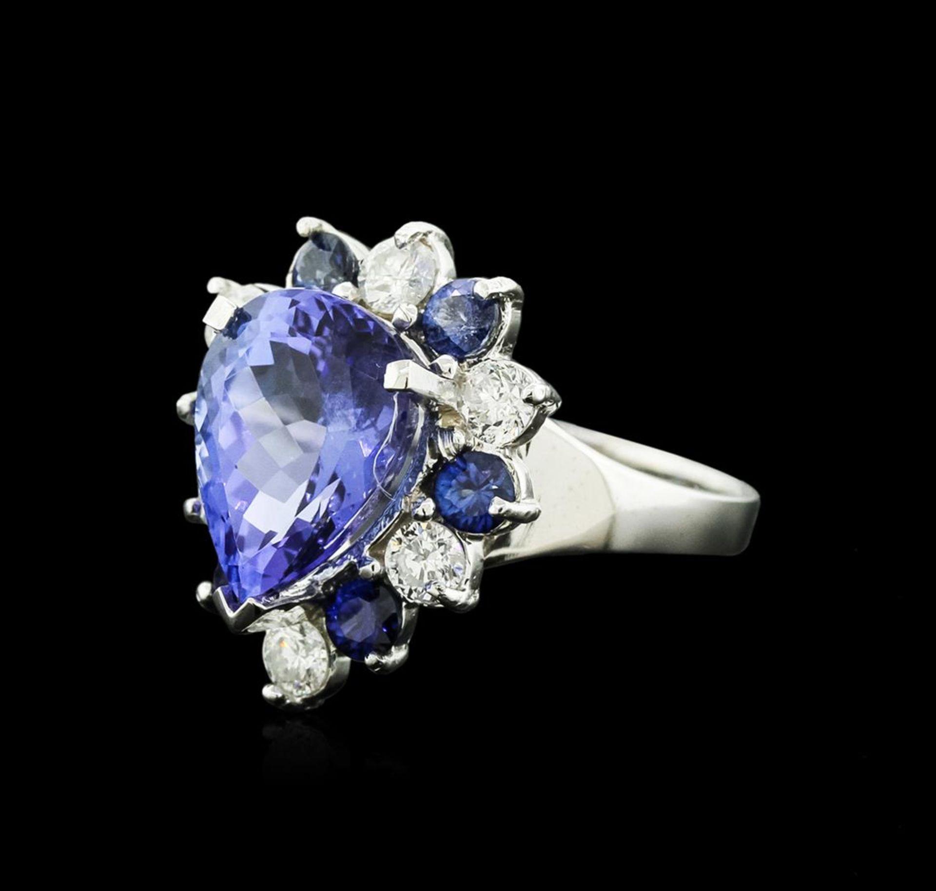 14KT White Gold 4.80 ctw Tanzanite, Sapphire and Diamond Ring - Image 2 of 4