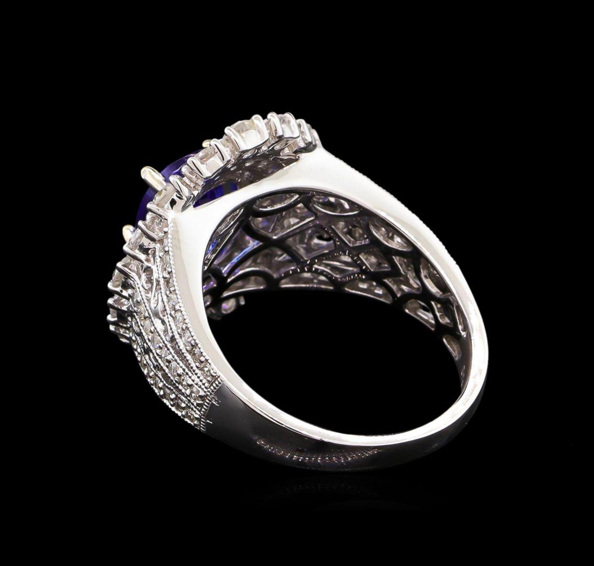 14KT White Gold 2.20 ctw Tanzanite and Diamond Ring - Image 3 of 5
