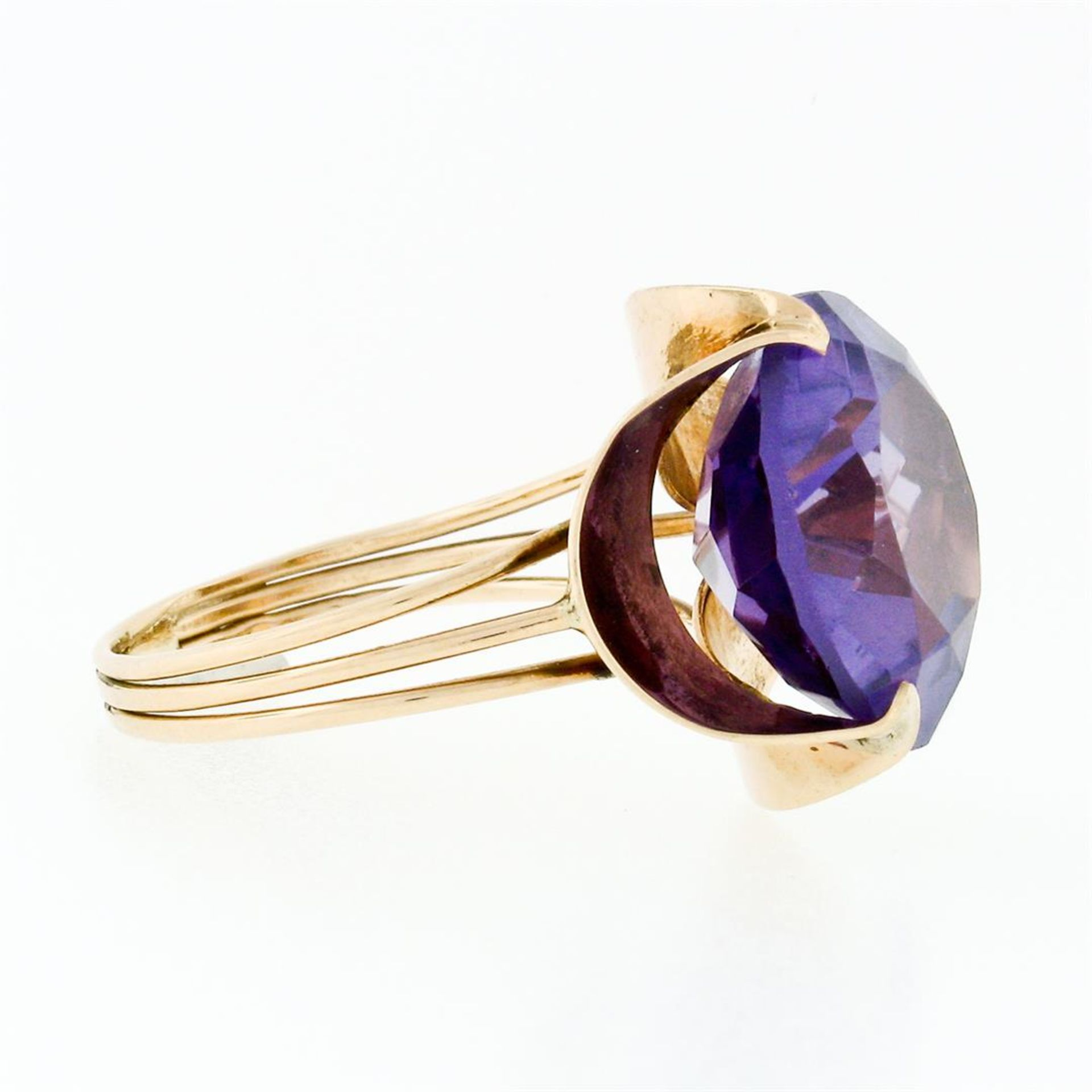 Retro Vintage Handmade 14k Rose Gold 13.7mm Synthetic Alexandrite Solitaire Ring - Image 6 of 8