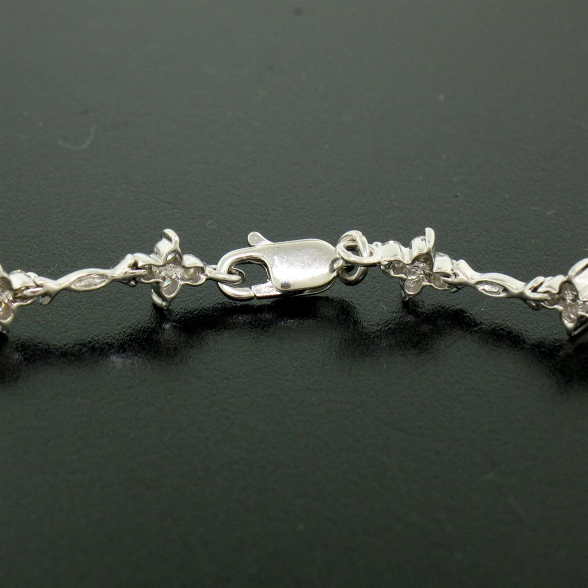 18K White Gold 1.65ctw Diamond Flower Cluster Twisted Wire Link Tennis Bracelet - Image 6 of 6