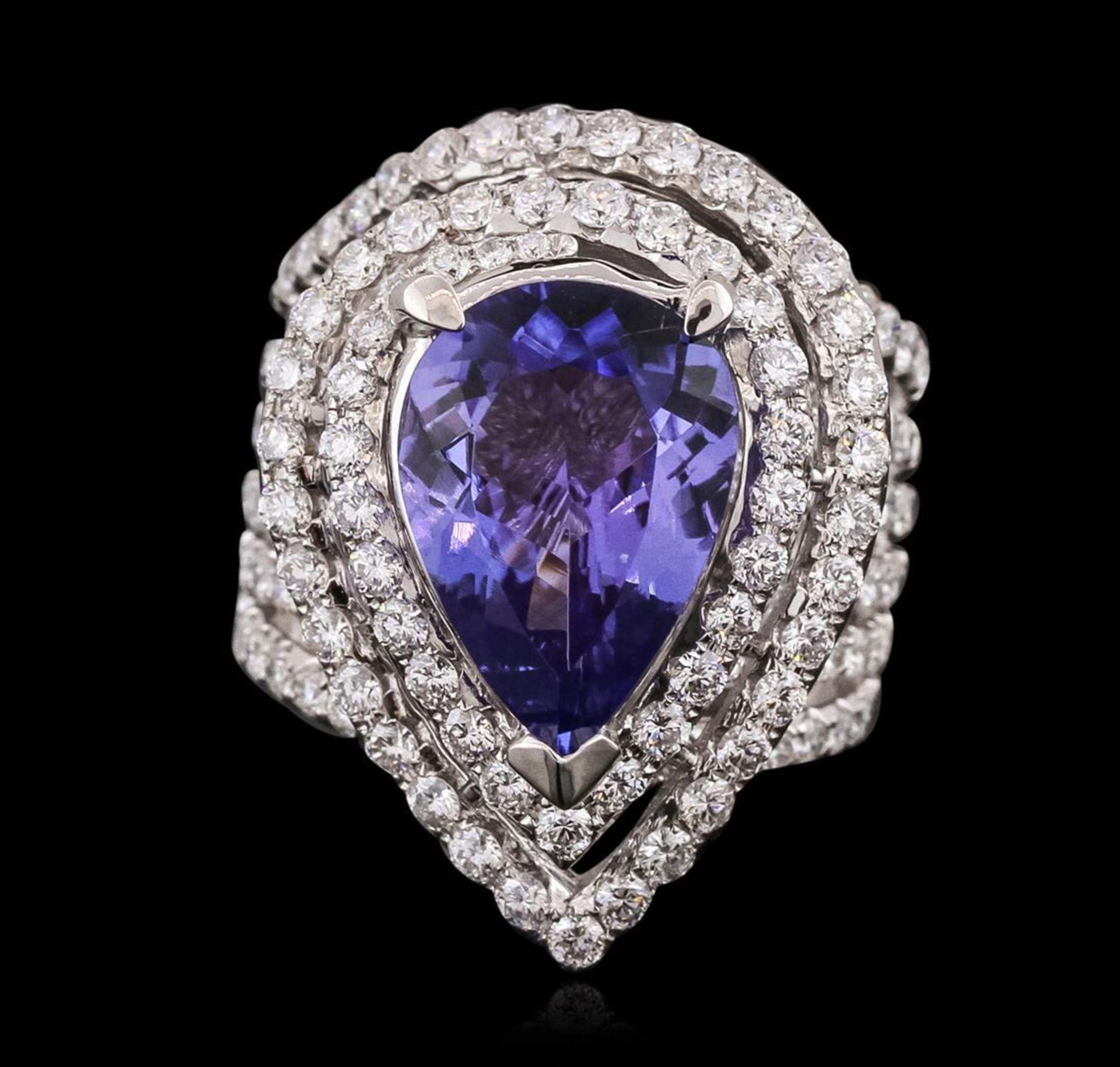 18KT White Gold 6.53ct Tanzanite and Diamond Ring - Image 2 of 3