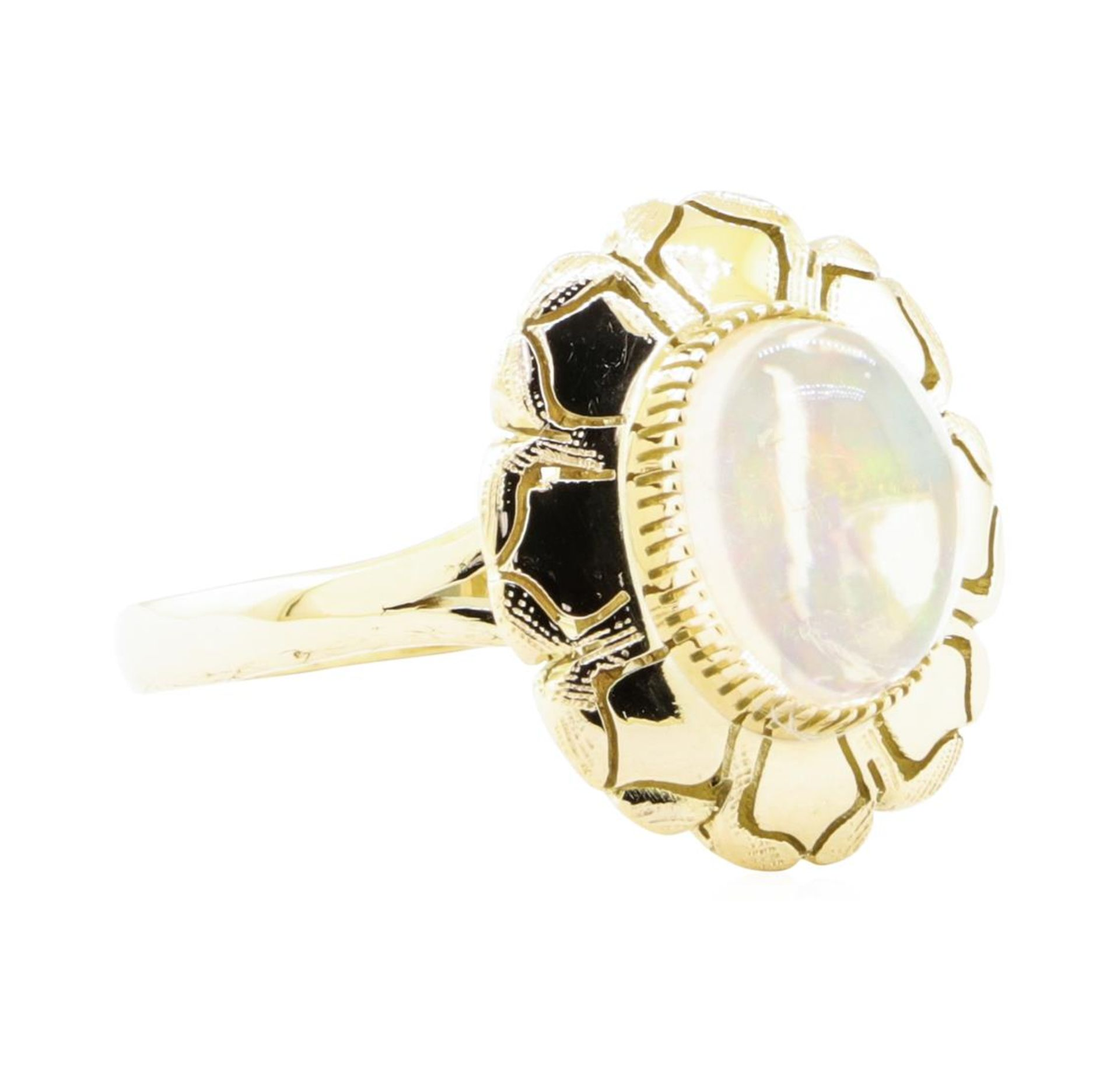 2.50 ct Opal Ring - 14KT Yellow Gold