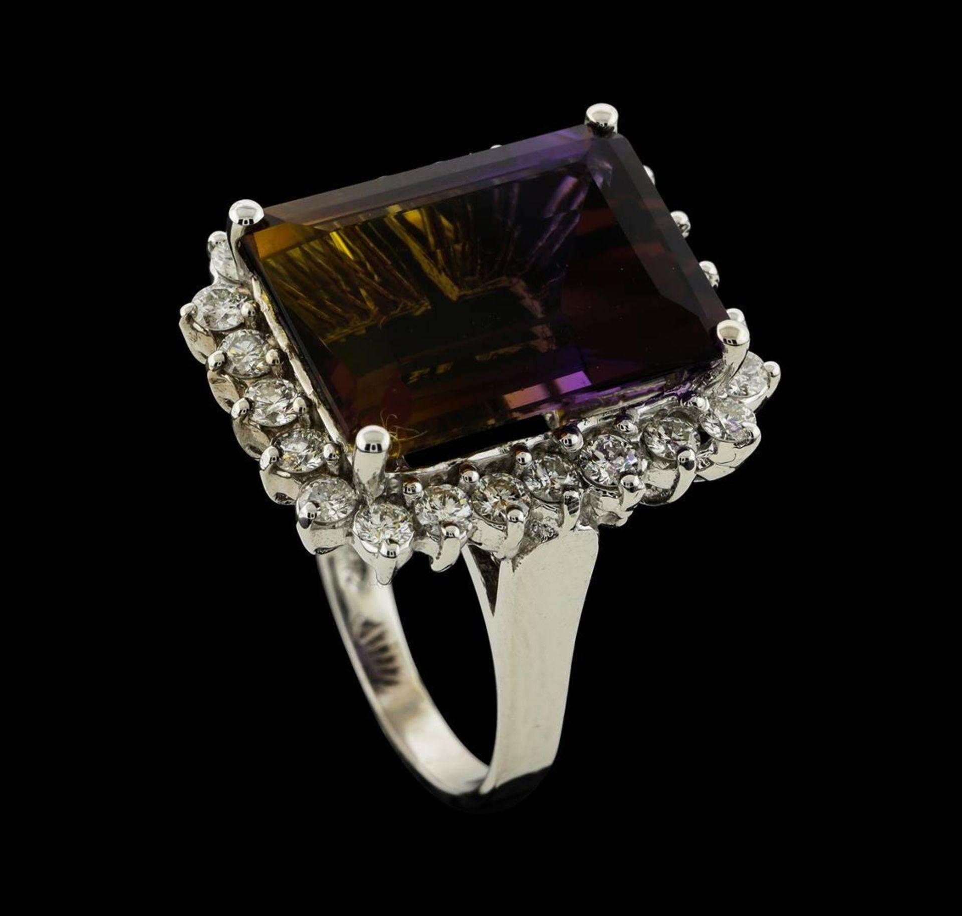 11.78 ctw Ametrine Quartz and Diamond Ring - 14KT White Gold - Image 4 of 5