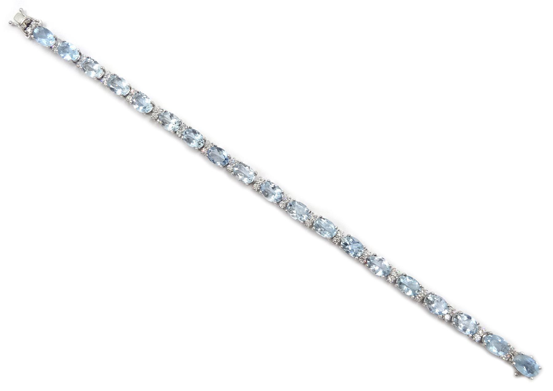 18ct white gold oval aquamarine and diamond bracelet - Image 3 of 5