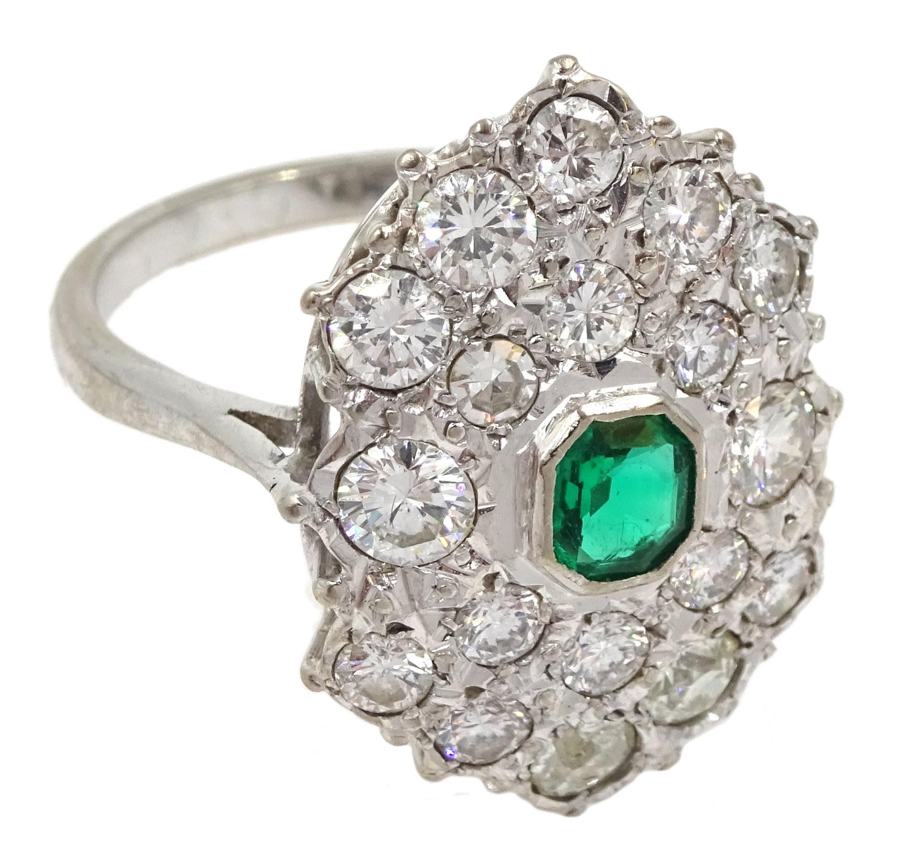 White gold Zambian emerald and diamond cluster ring - Image 3 of 5