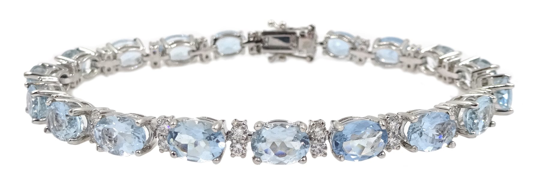 18ct white gold oval aquamarine and diamond bracelet