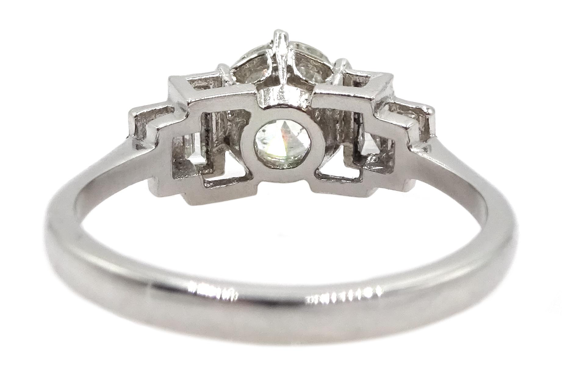 Art Deco style platinum ring - Image 6 of 6