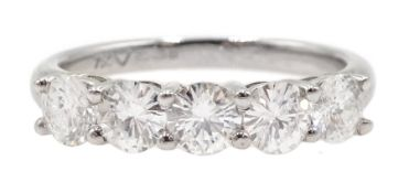18ct white gold five stone round brilliant cut diamond ring