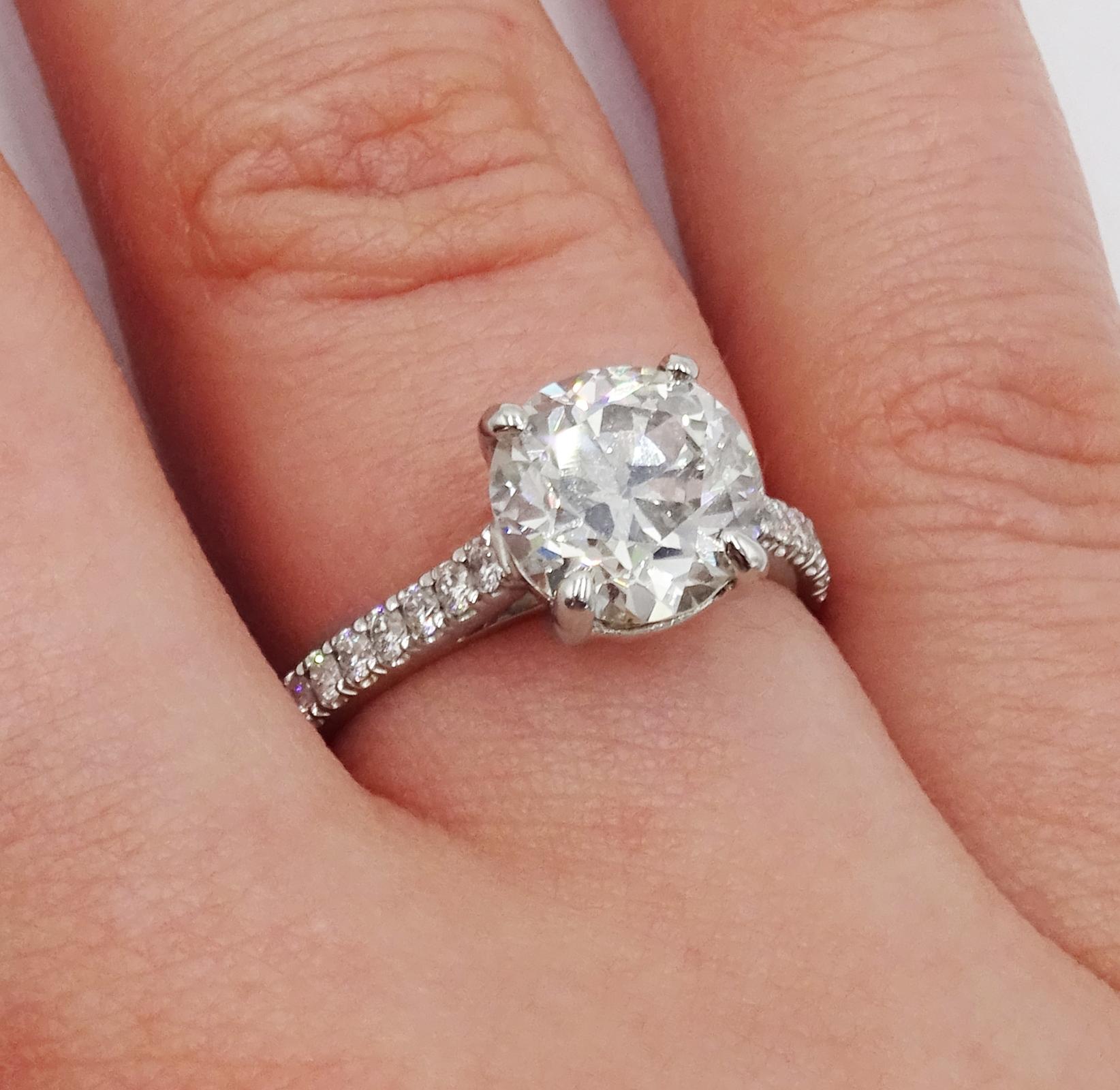 Platinum old cut diamond solitaire ring - Image 2 of 9
