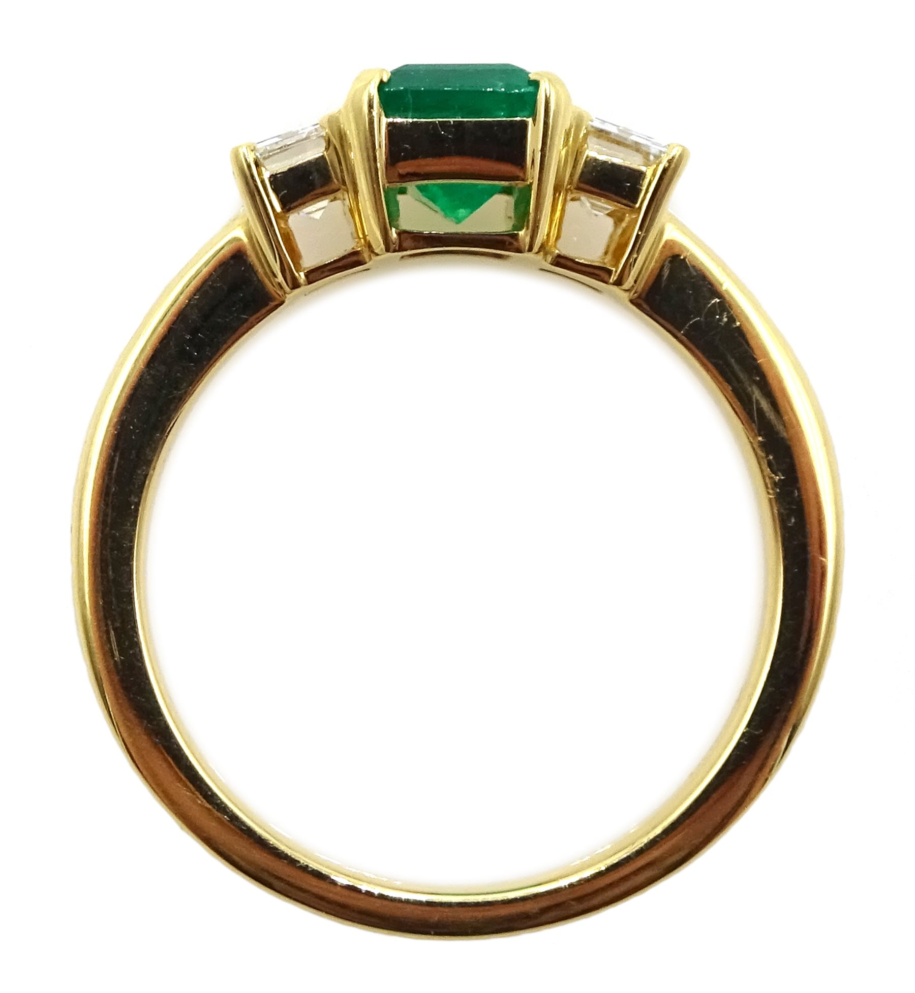 18ct gold emerald and baguette cut diamond ring - Image 4 of 4