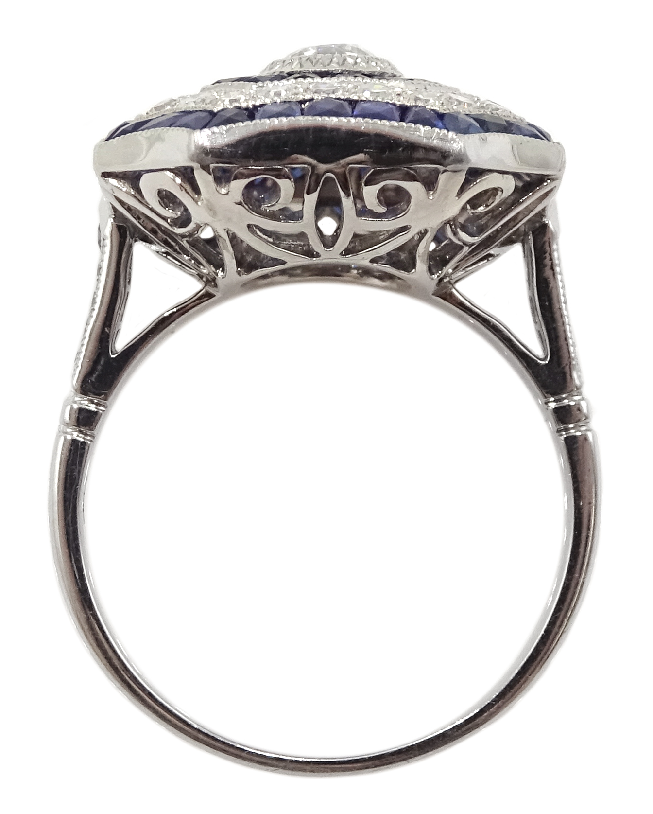 Large Victorian style platinum cluster ring - Image 5 of 6