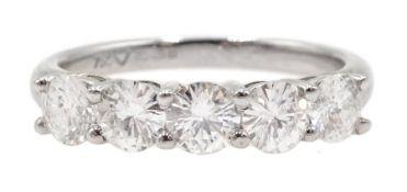 18ct white gold five stone round brilliant cut diamond ring