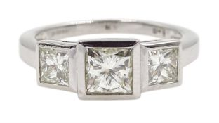 18ct white gold three stone princess cut diamond ring