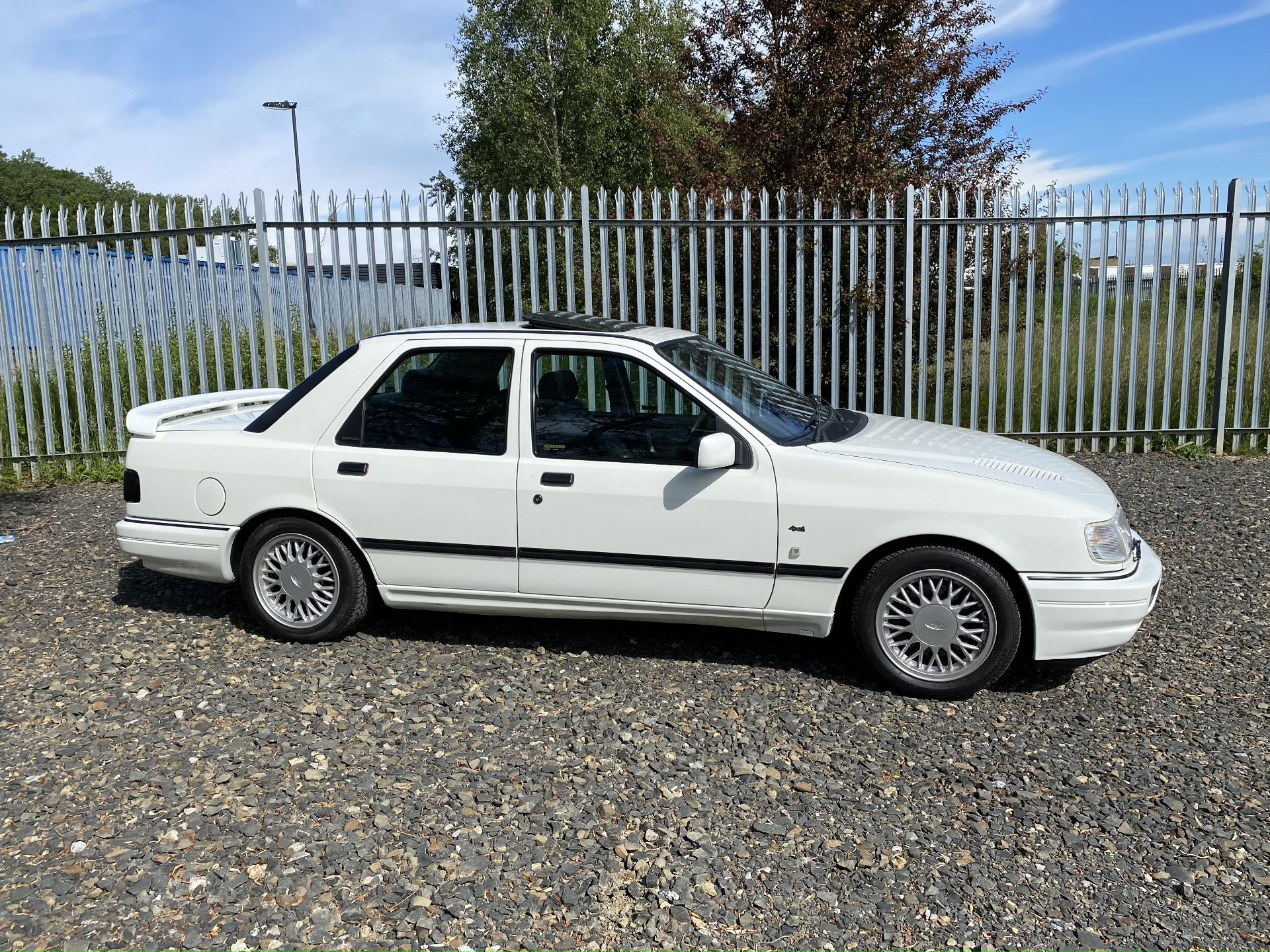 Ford Sierra Sapphire Cosworth 4x4 - Image 3 of 55
