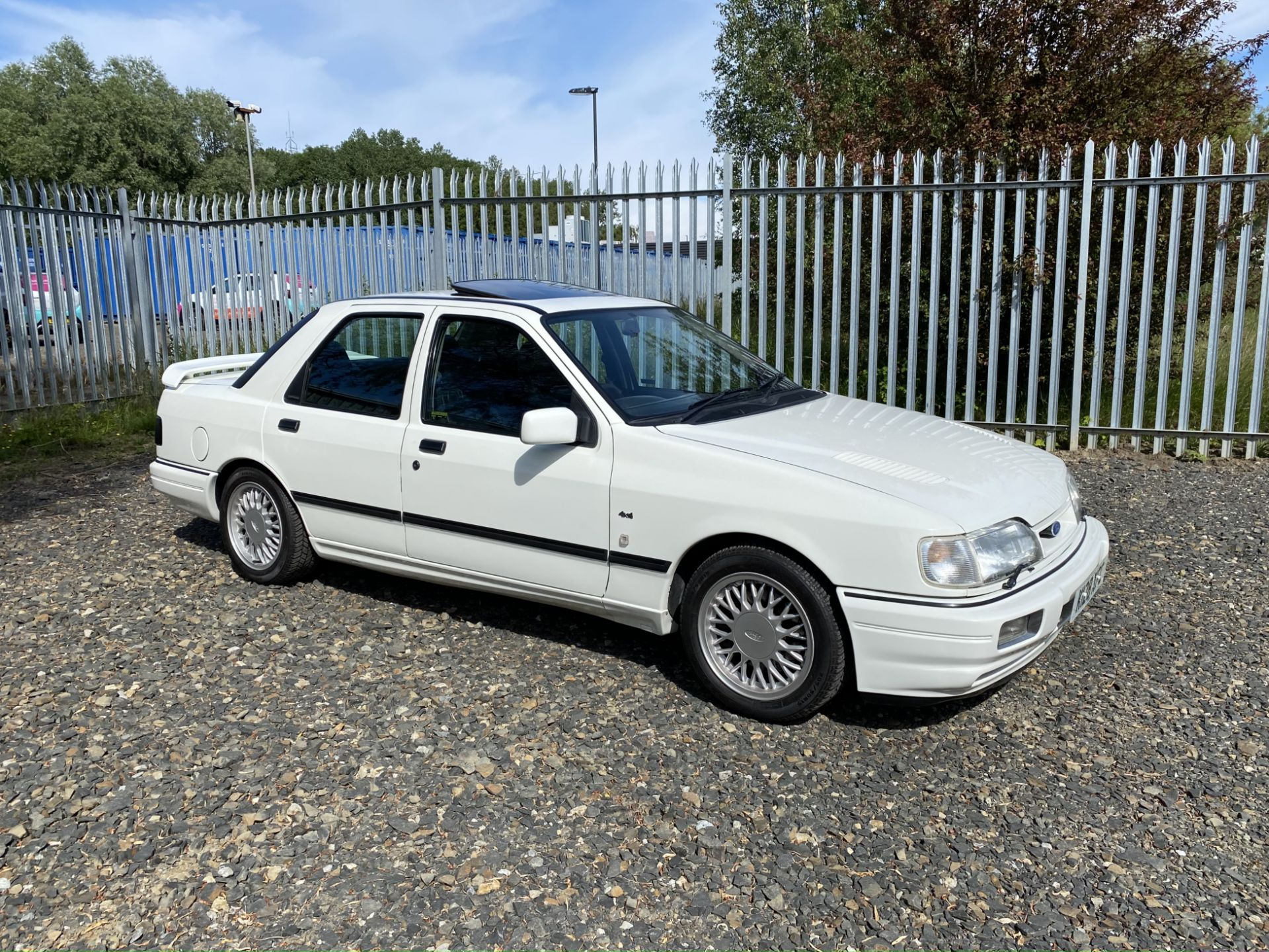 Ford Sierra Sapphire Cosworth 4x4 - Image 2 of 55