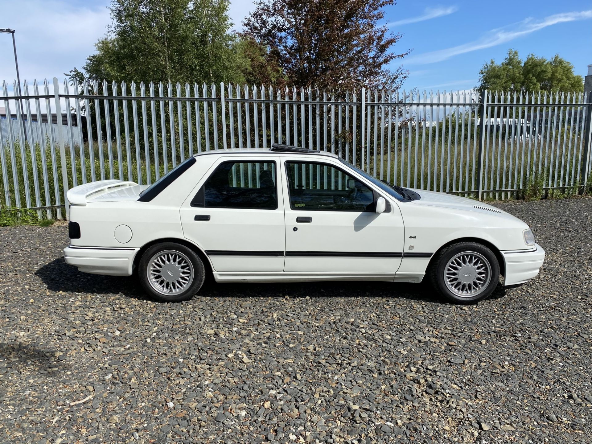 Ford Sierra Sapphire Cosworth 4x4 - Image 4 of 55