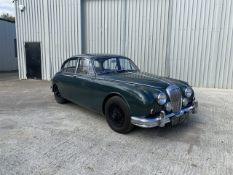 Daimler 250 Saloon