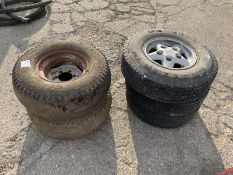 2 x Trailer 6 stud wheel centre and tyre & 3 x Land Rover alloy wheels and tyres