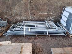 Qty galvanised sheep hurdles (4', 6', 8')