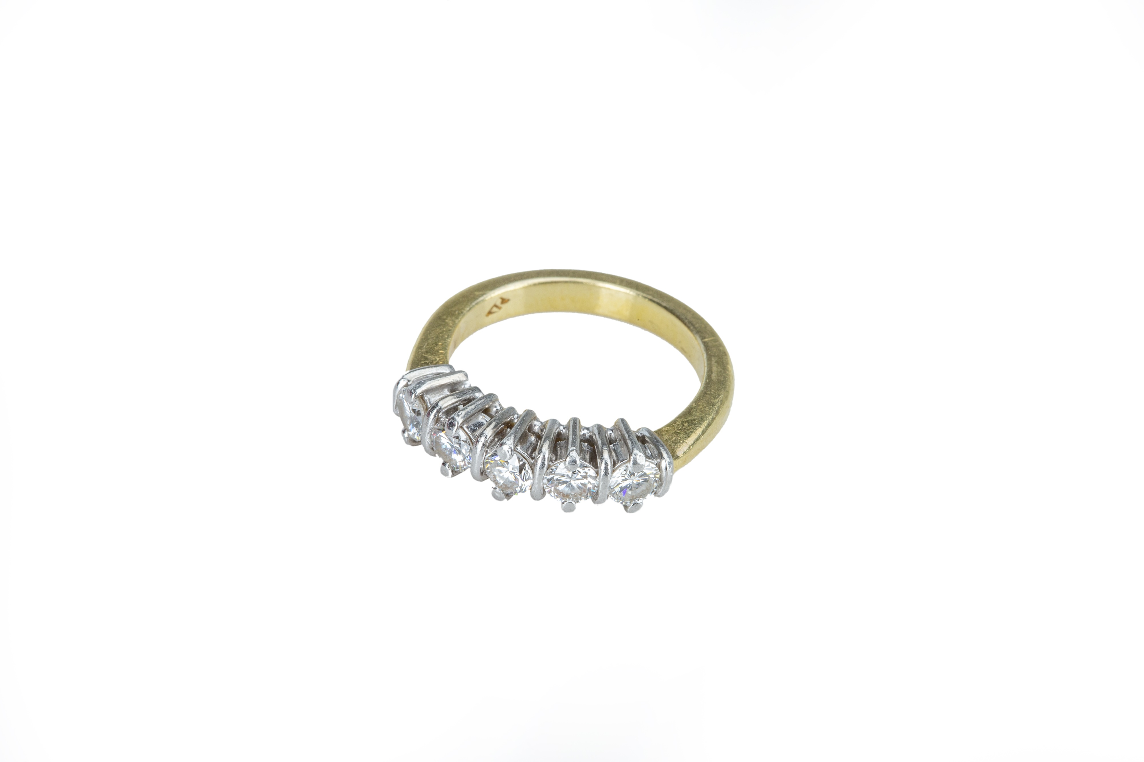 A five stone diamond ring - Image 2 of 5