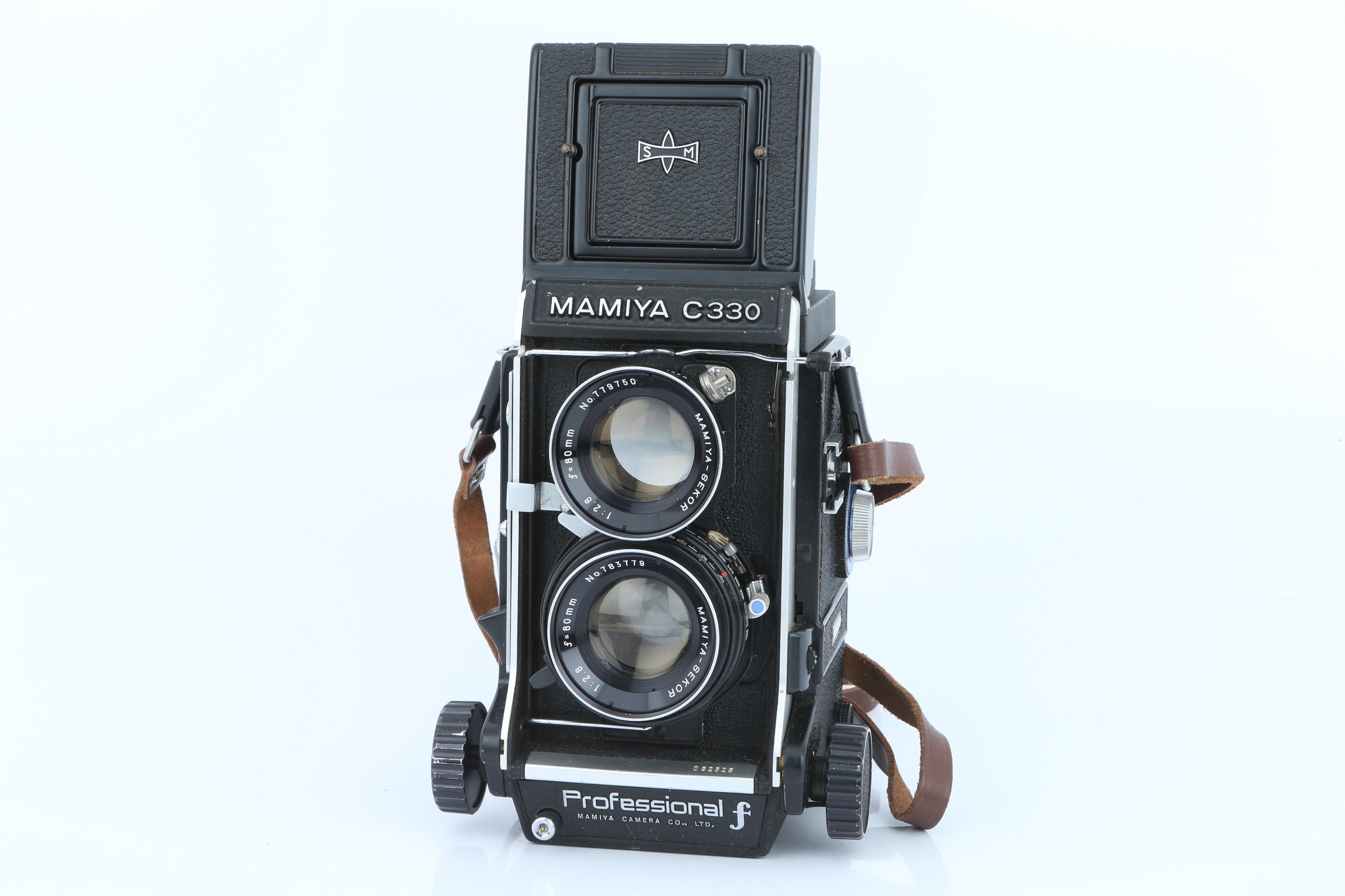 A Mamiya C330 Professional TLR Camera, - Image 2 of 5